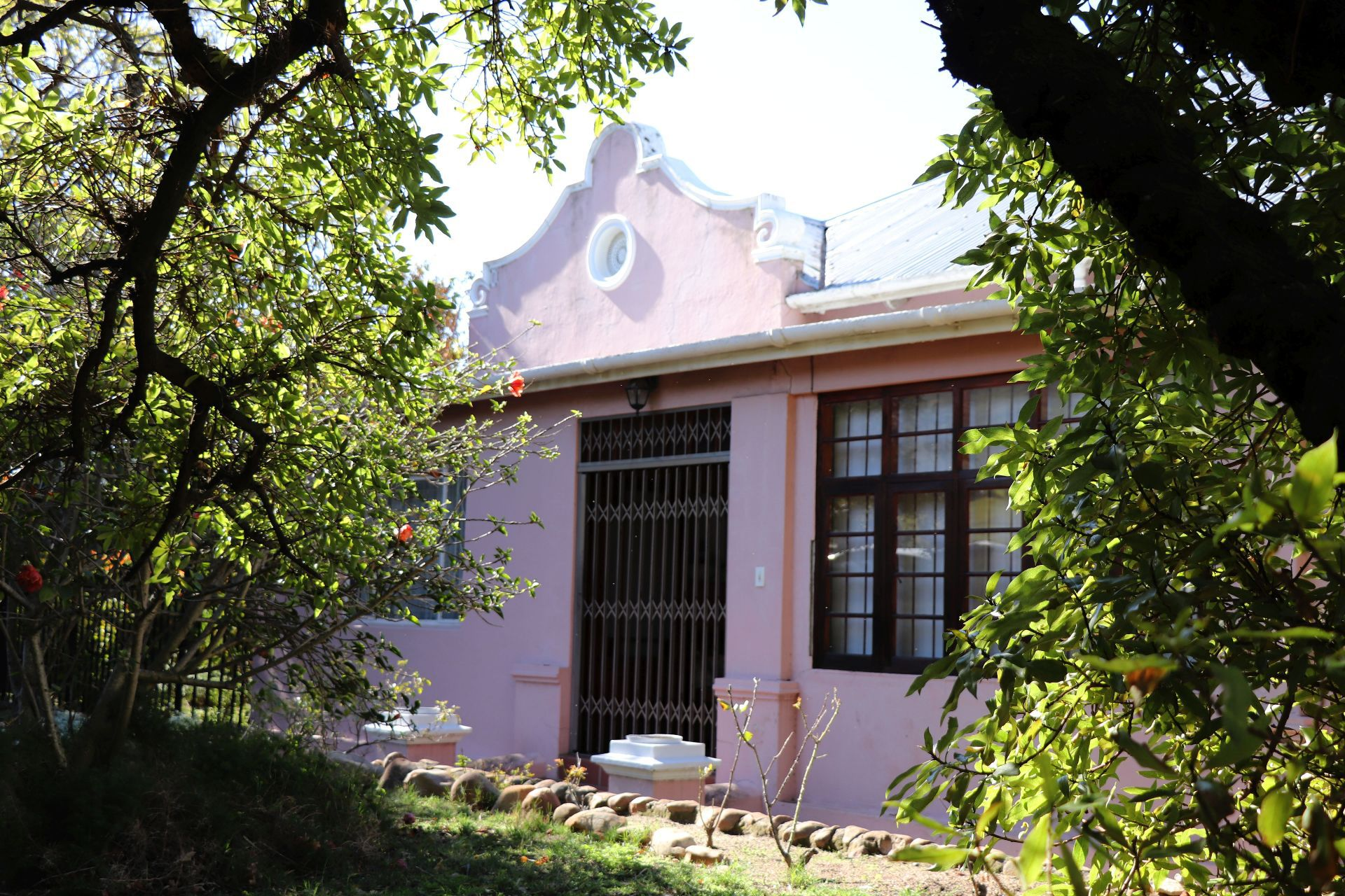 Property and Houses for sale in Paarl South, House, 4 Bedrooms - ZAR 3,300,000
