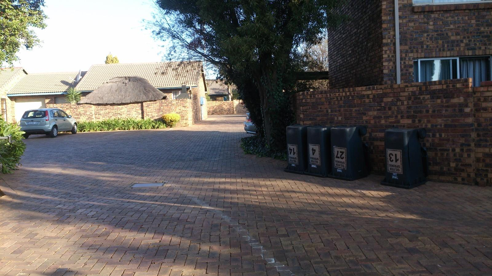 Highveld property for sale. Ref No: 13229869. Picture no 10