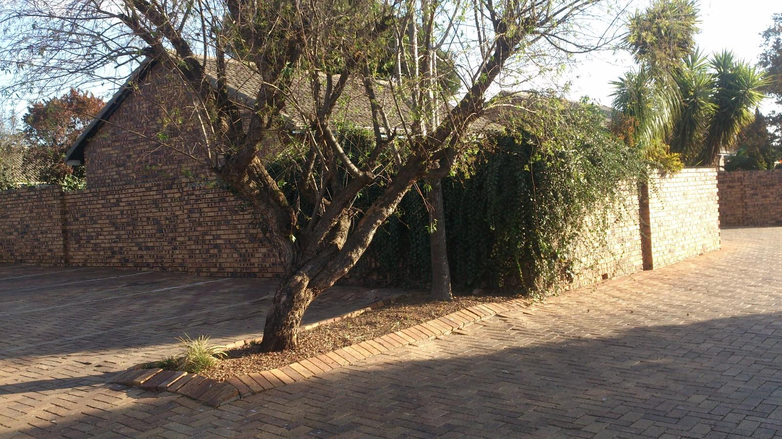 Highveld property for sale. Ref No: 13229869. Picture no 3