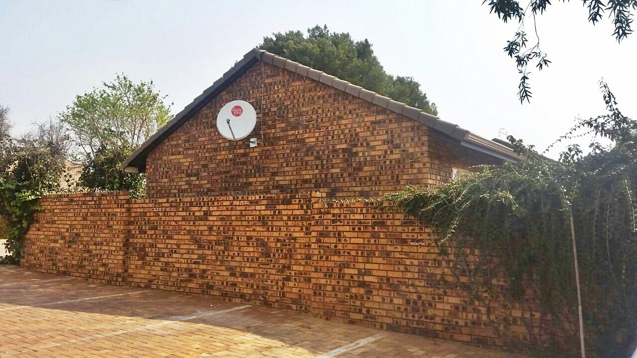 Highveld property for sale. Ref No: 13229869. Picture no 7