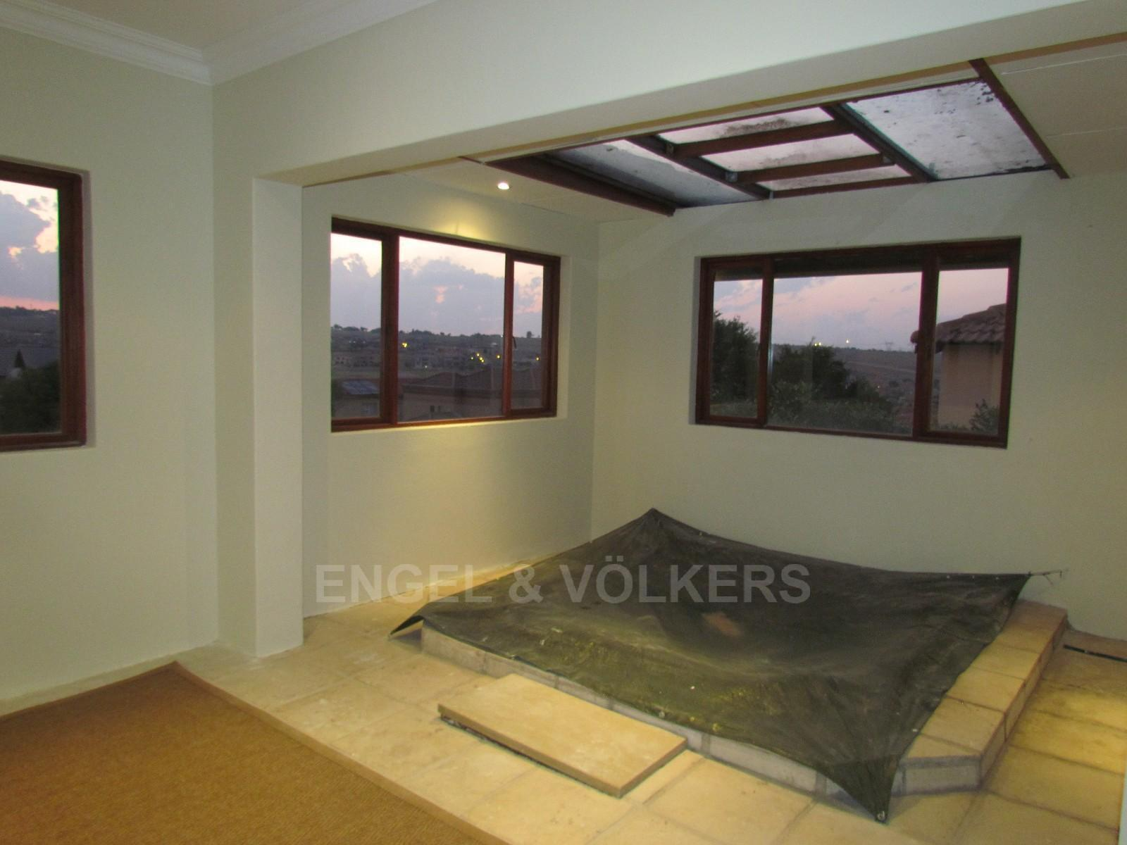 Blue Valley Golf Estate property to rent. Ref No: 13256594. Picture no 13