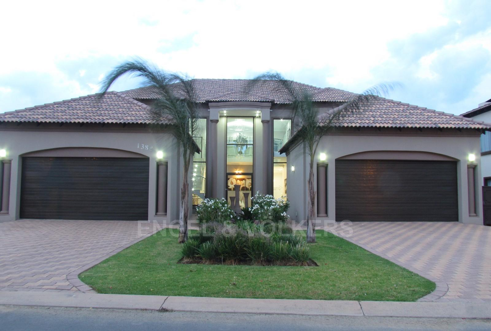 Centurion, Blue Valley Golf Estate Property  | Houses For Sale Blue Valley Golf Estate, BLUE VALLEY GOLF ESTATE, House 5 bedrooms property for sale Price:7,900,000