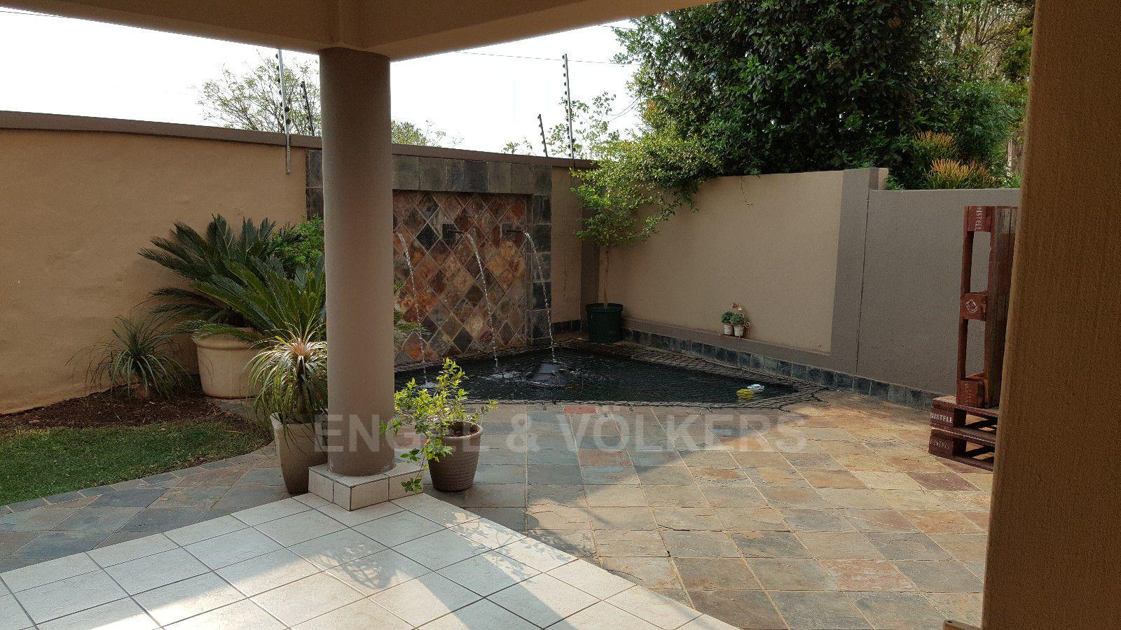 Irene View Estate property for sale. Ref No: 13388279. Picture no 6