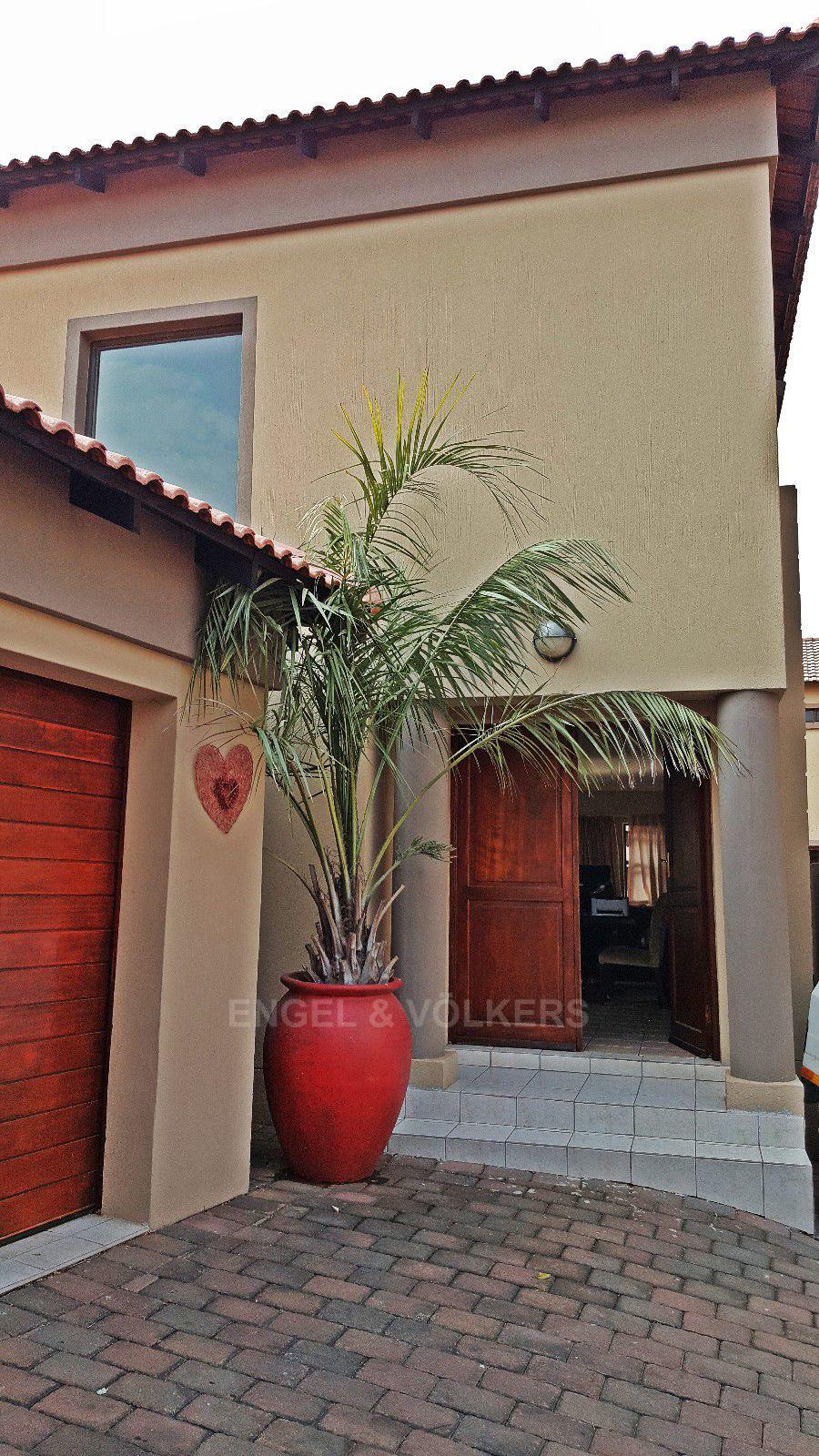 Irene View Estate property for sale. Ref No: 13388279. Picture no 18