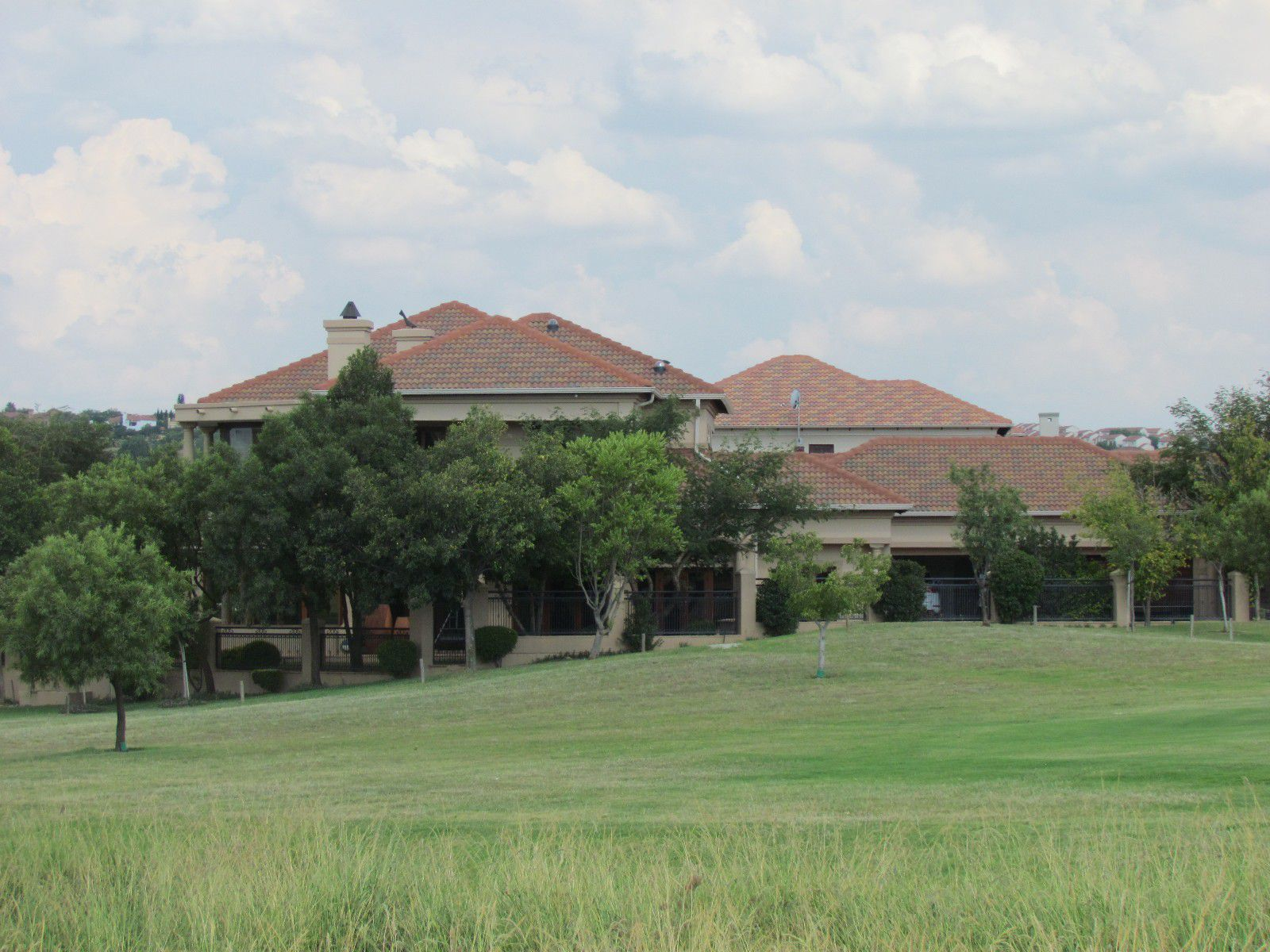 Blue Valley Golf Estate property for sale. Ref No: 13394351. Picture no 4