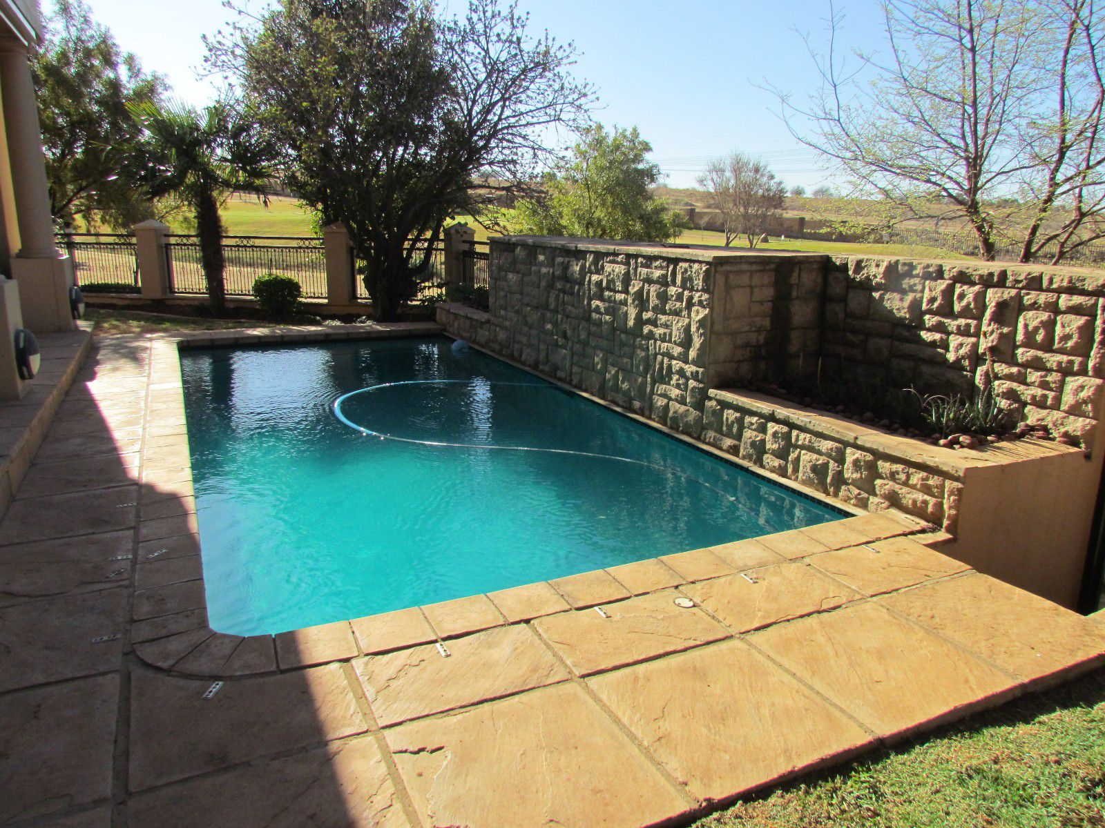 Blue Valley Golf Estate property for sale. Ref No: 13394351. Picture no 20