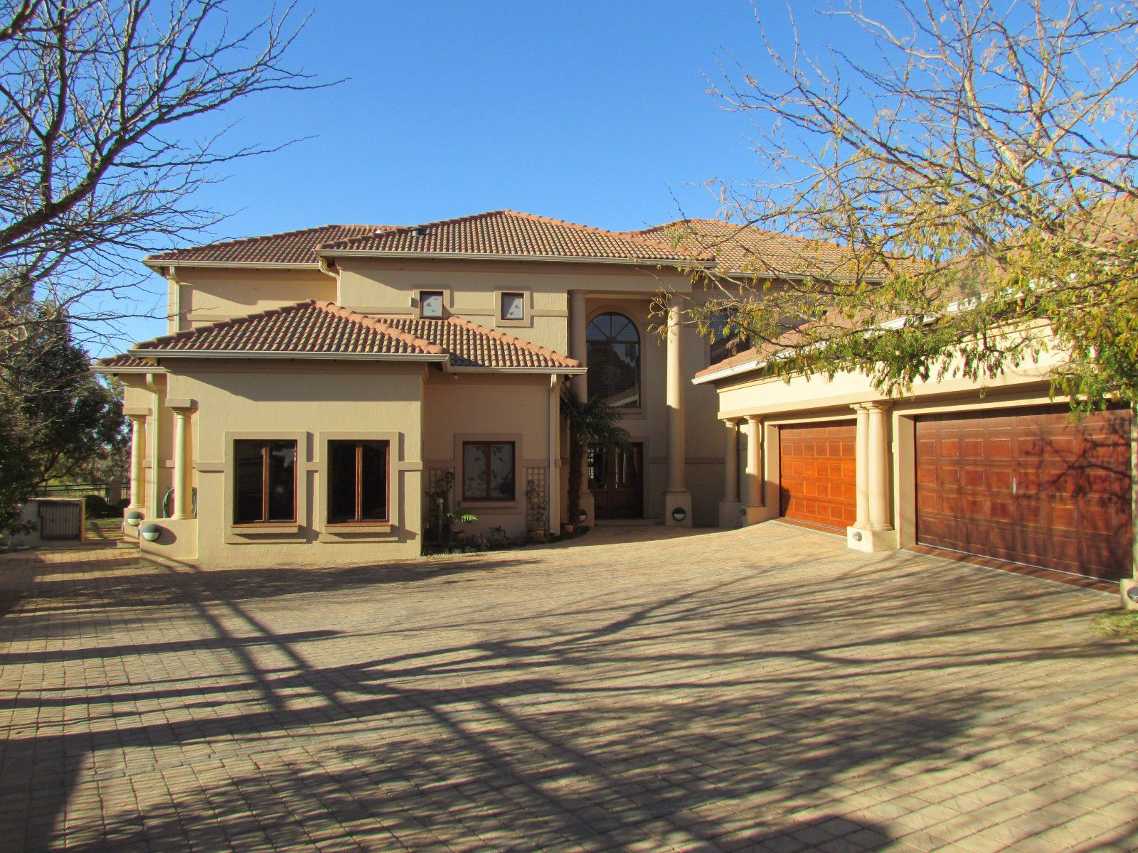 Blue Valley Golf Estate property for sale. Ref No: 13394351. Picture no 37