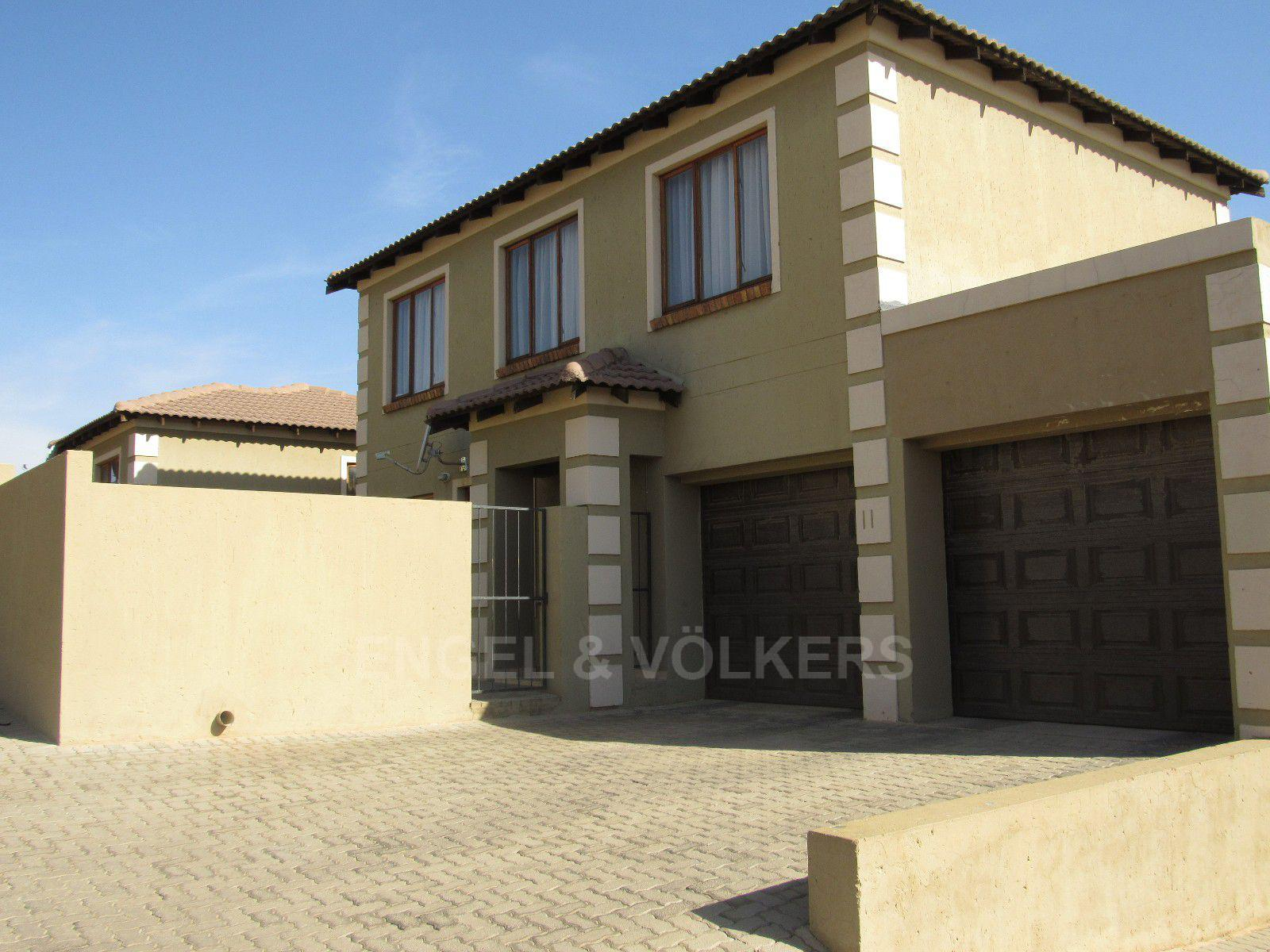 The Reeds property for sale. Ref No: 13396453. Picture no 1