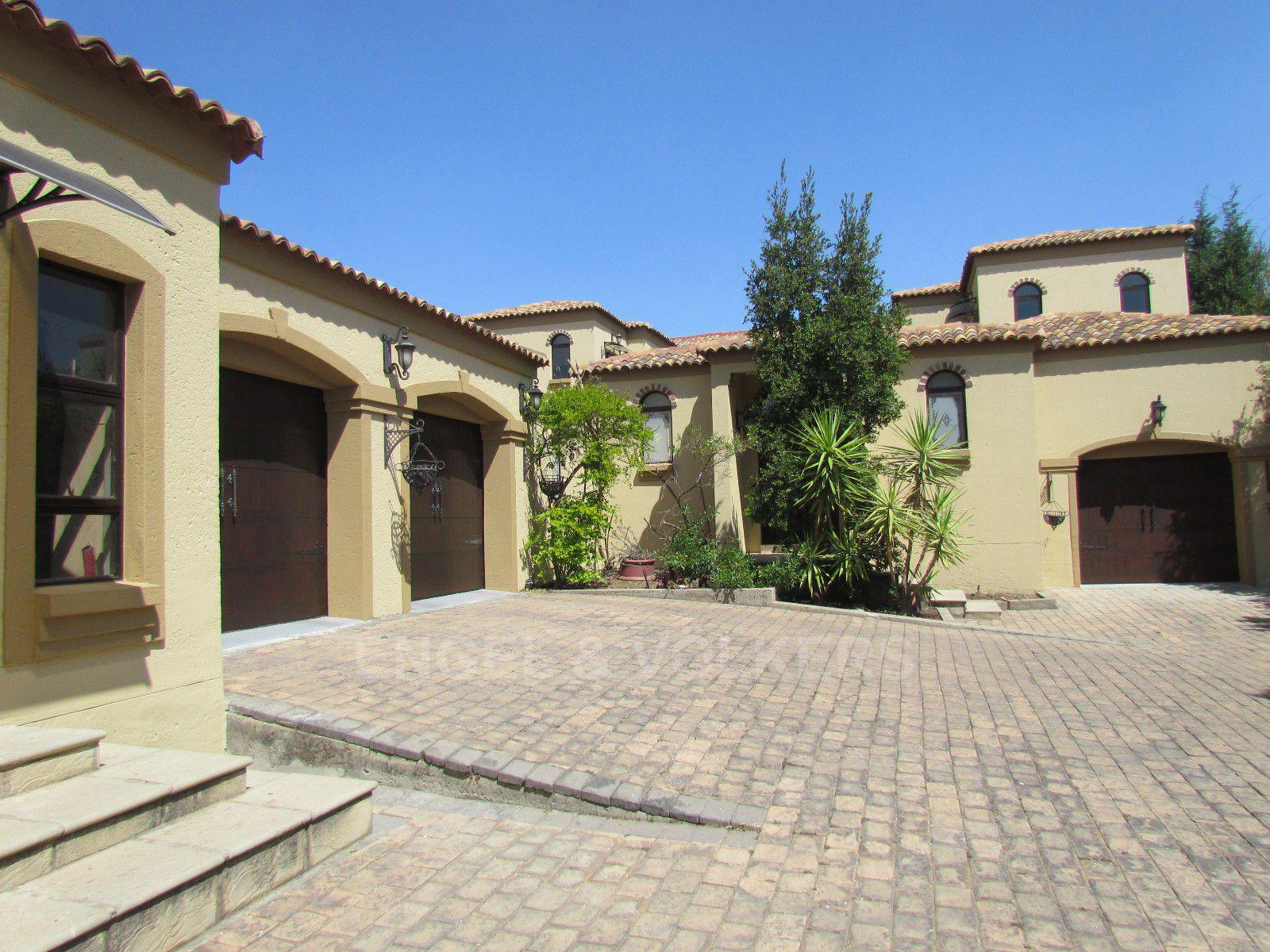 Blue Valley Golf Estate property for sale. Ref No: 13396015. Picture no 32