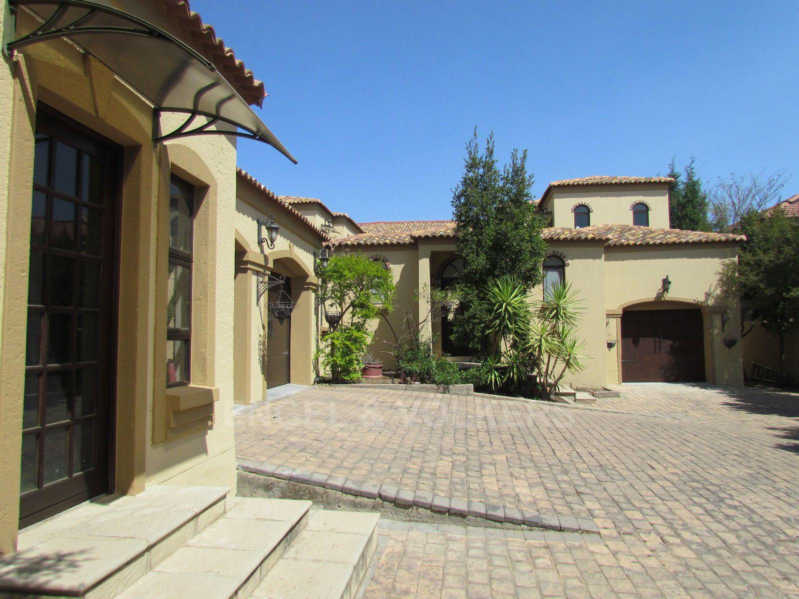 Blue Valley Golf Estate property for sale. Ref No: 13396015. Picture no 34