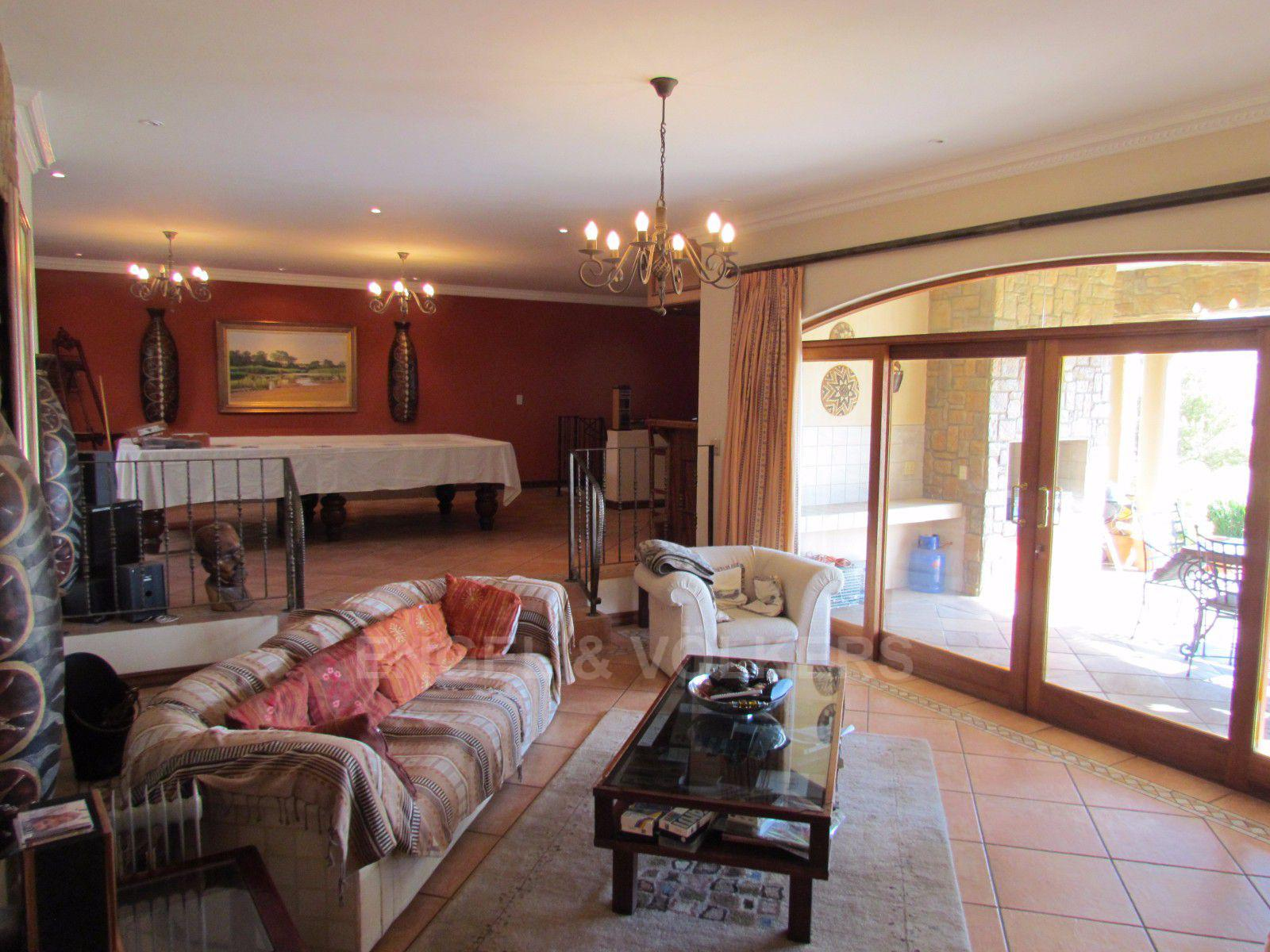 Blue Valley Golf Estate property for sale. Ref No: 13397472. Picture no 20