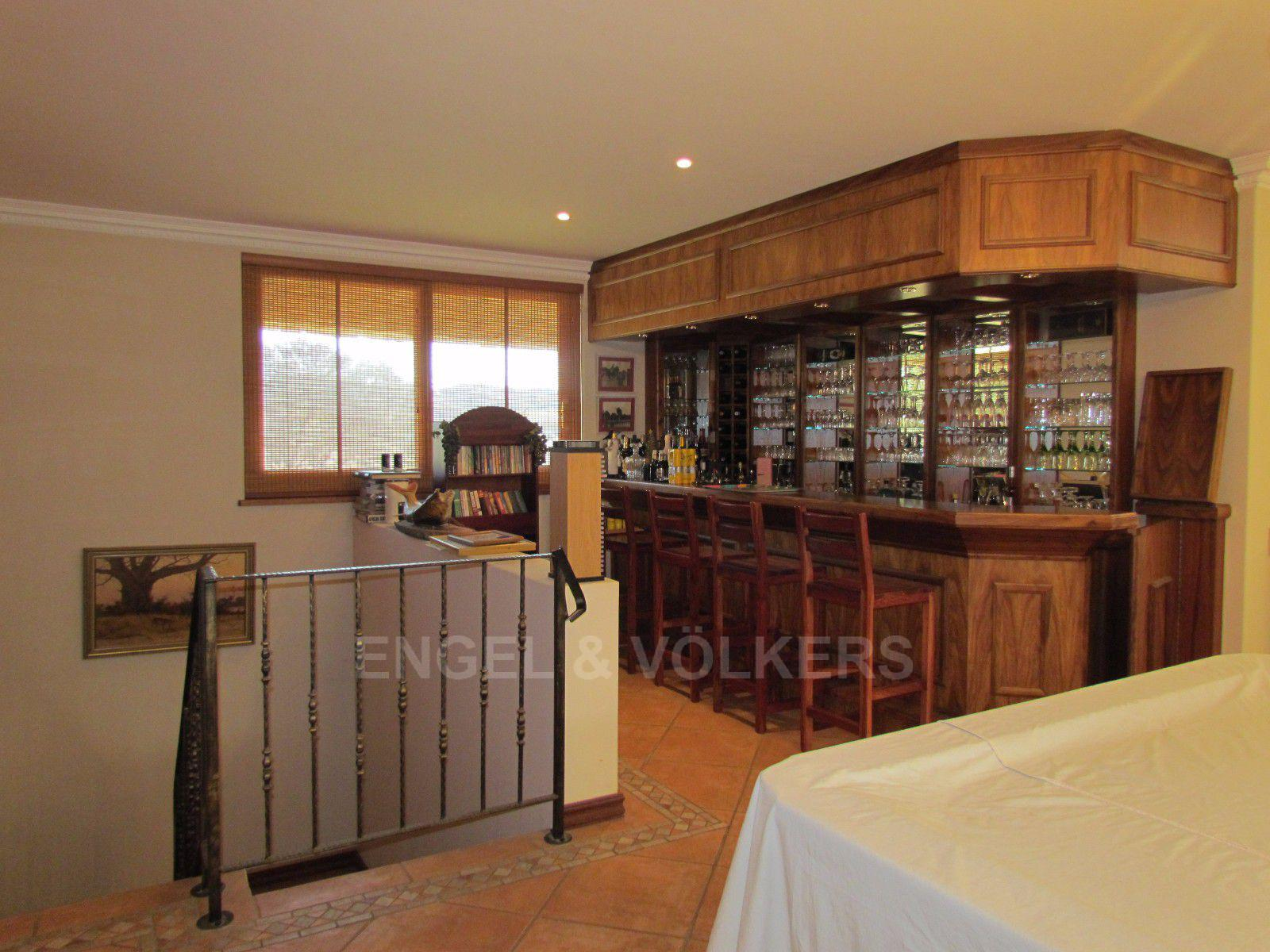 Blue Valley Golf Estate property for sale. Ref No: 13397472. Picture no 22