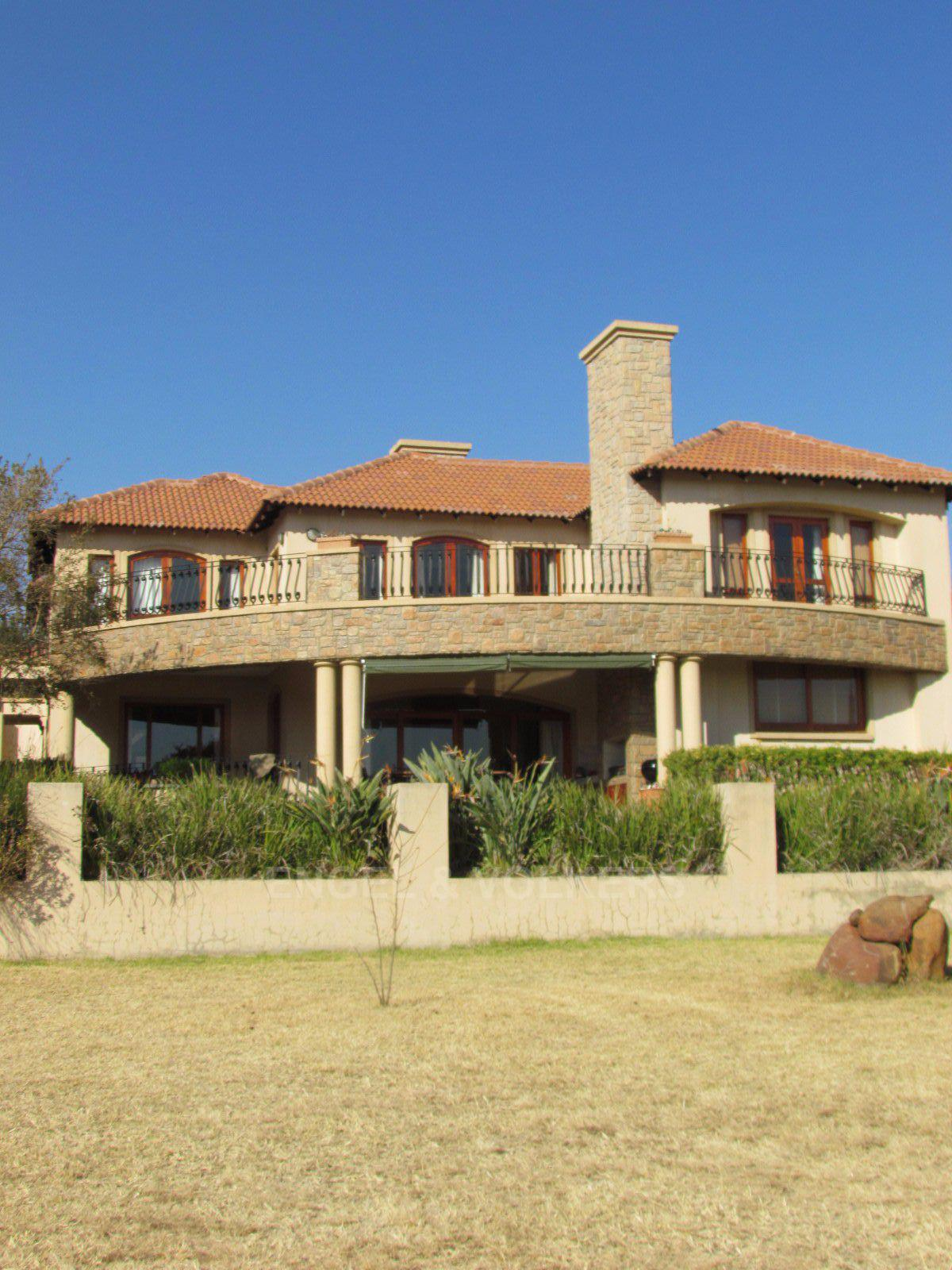 Blue Valley Golf Estate property for sale. Ref No: 13397472. Picture no 41