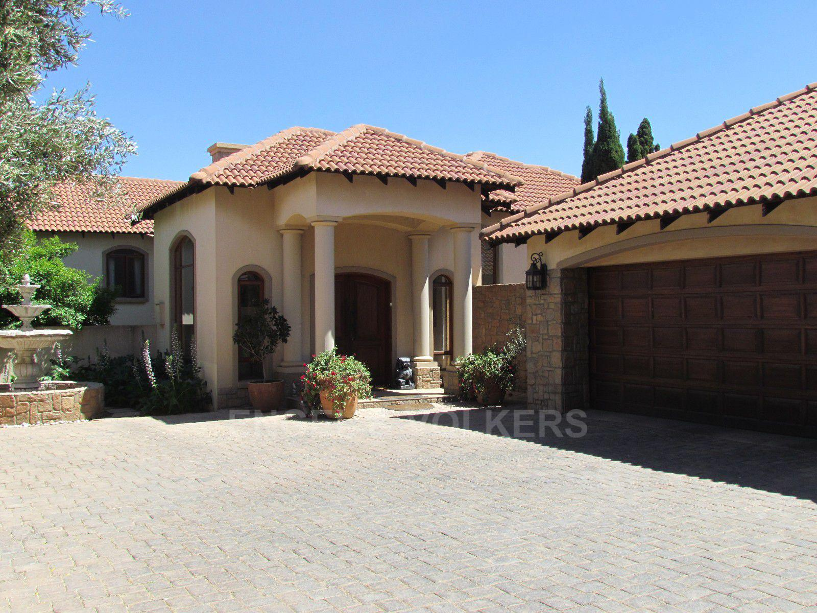 Blue Valley Golf Estate property for sale. Ref No: 13397472. Picture no 42