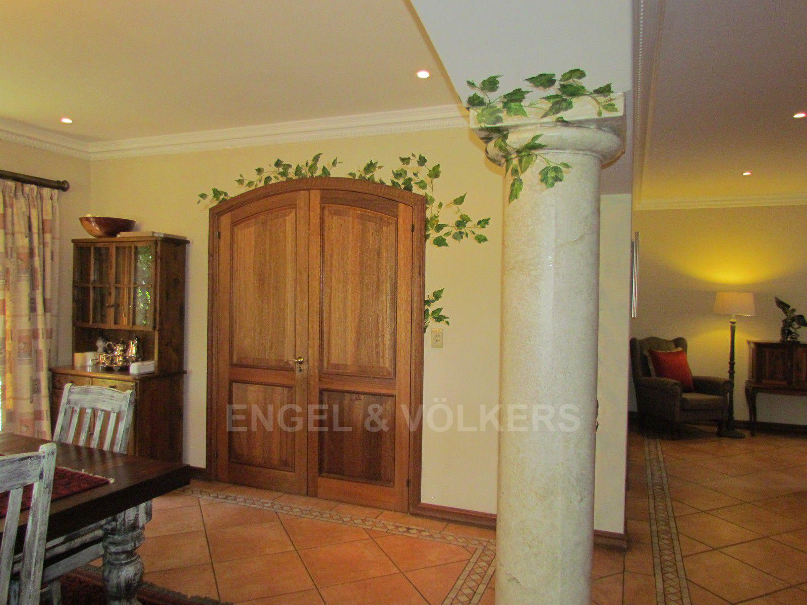 Blue Valley Golf Estate property for sale. Ref No: 13397472. Picture no 31