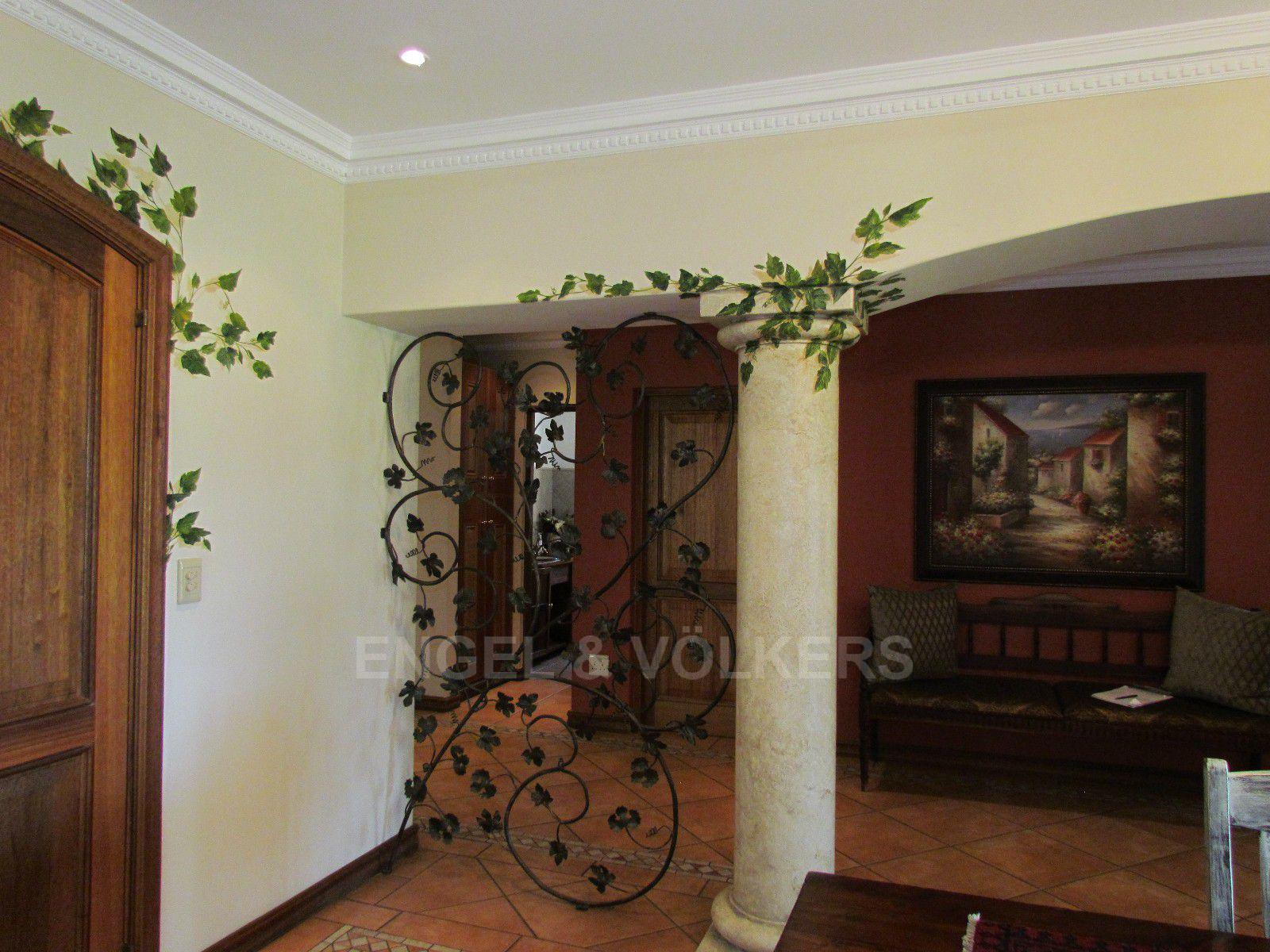 Blue Valley Golf Estate property for sale. Ref No: 13397472. Picture no 32
