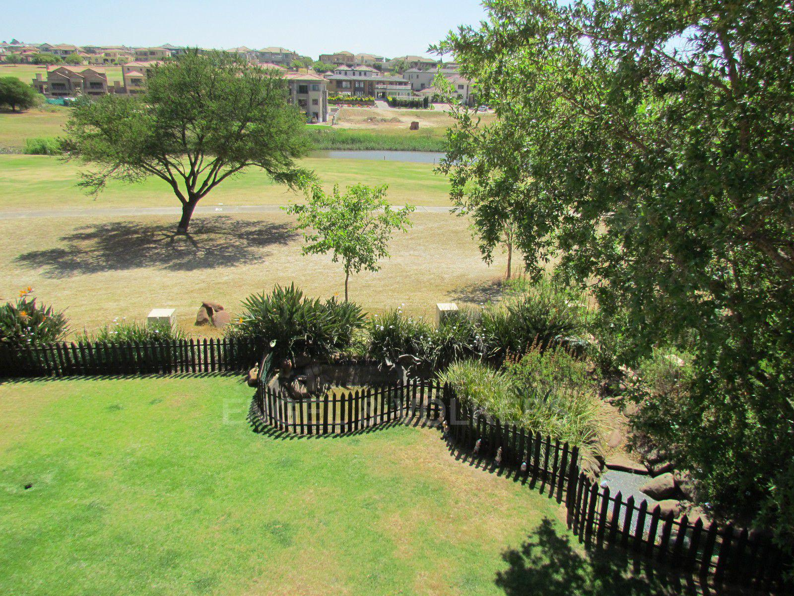 Blue Valley Golf Estate property for sale. Ref No: 13397472. Picture no 38
