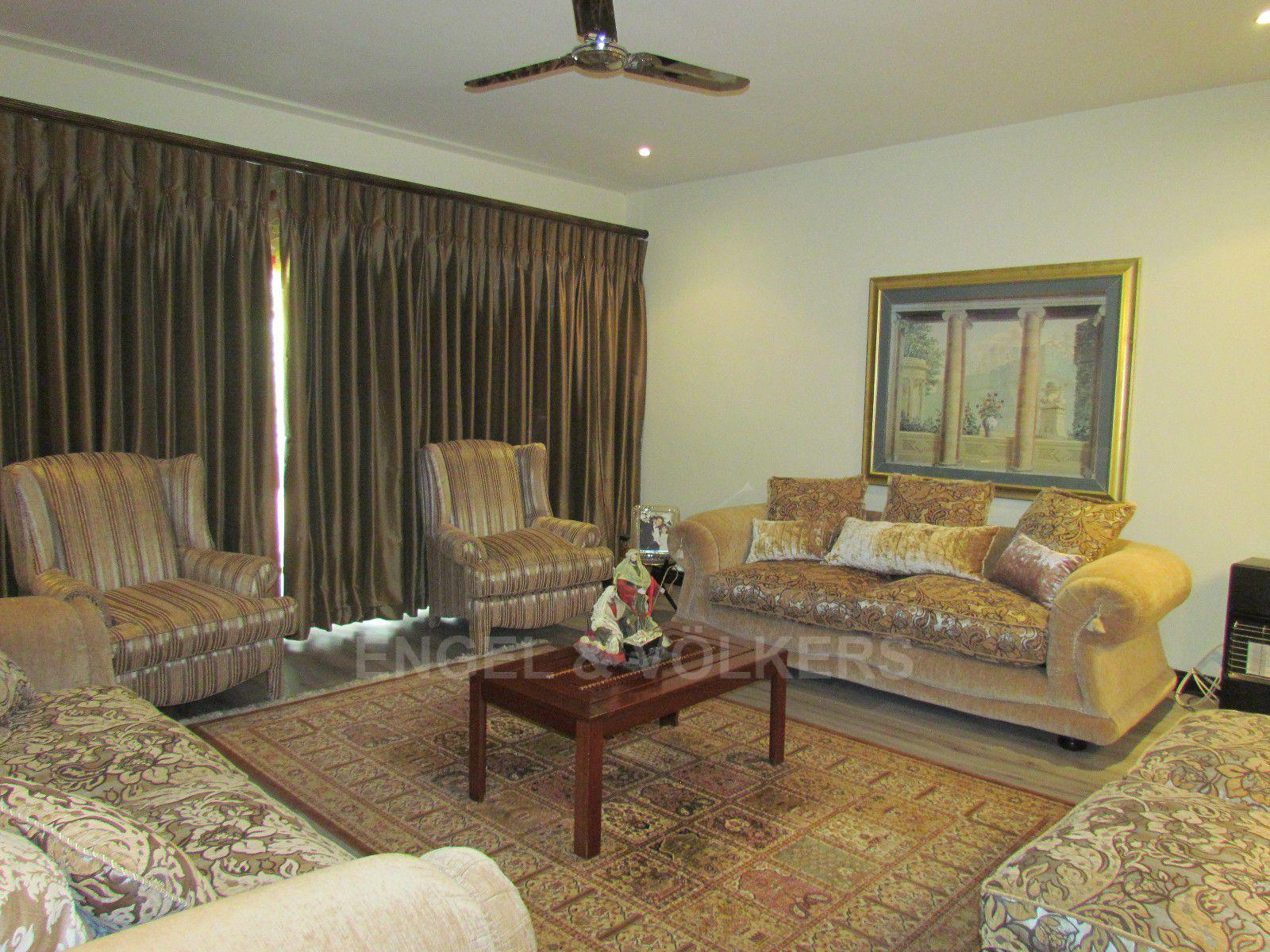 Blue Valley Golf Estate property for sale. Ref No: 13400715. Picture no 12