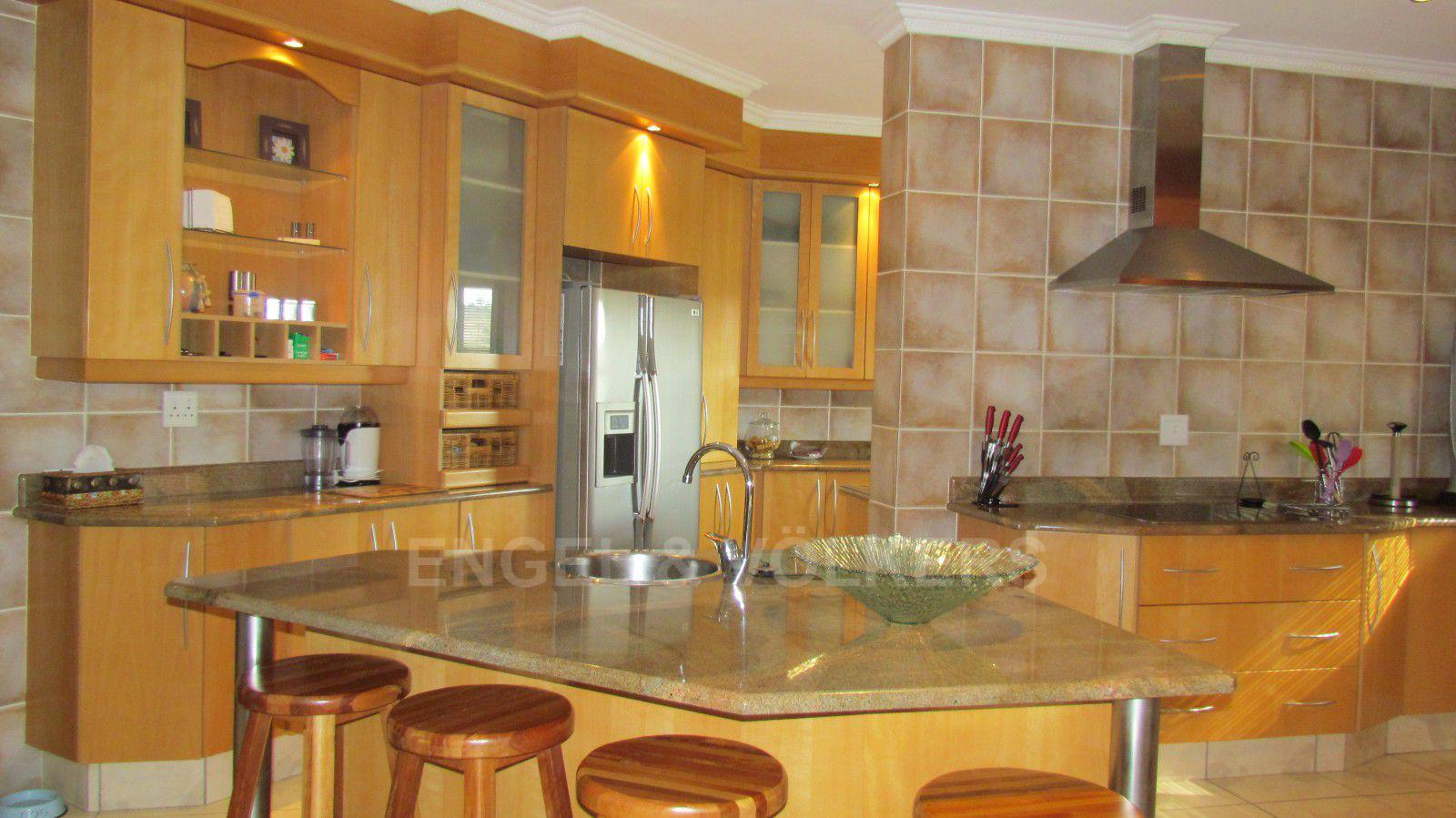 Blue Valley Golf Estate property for sale. Ref No: 13409006. Picture no 4