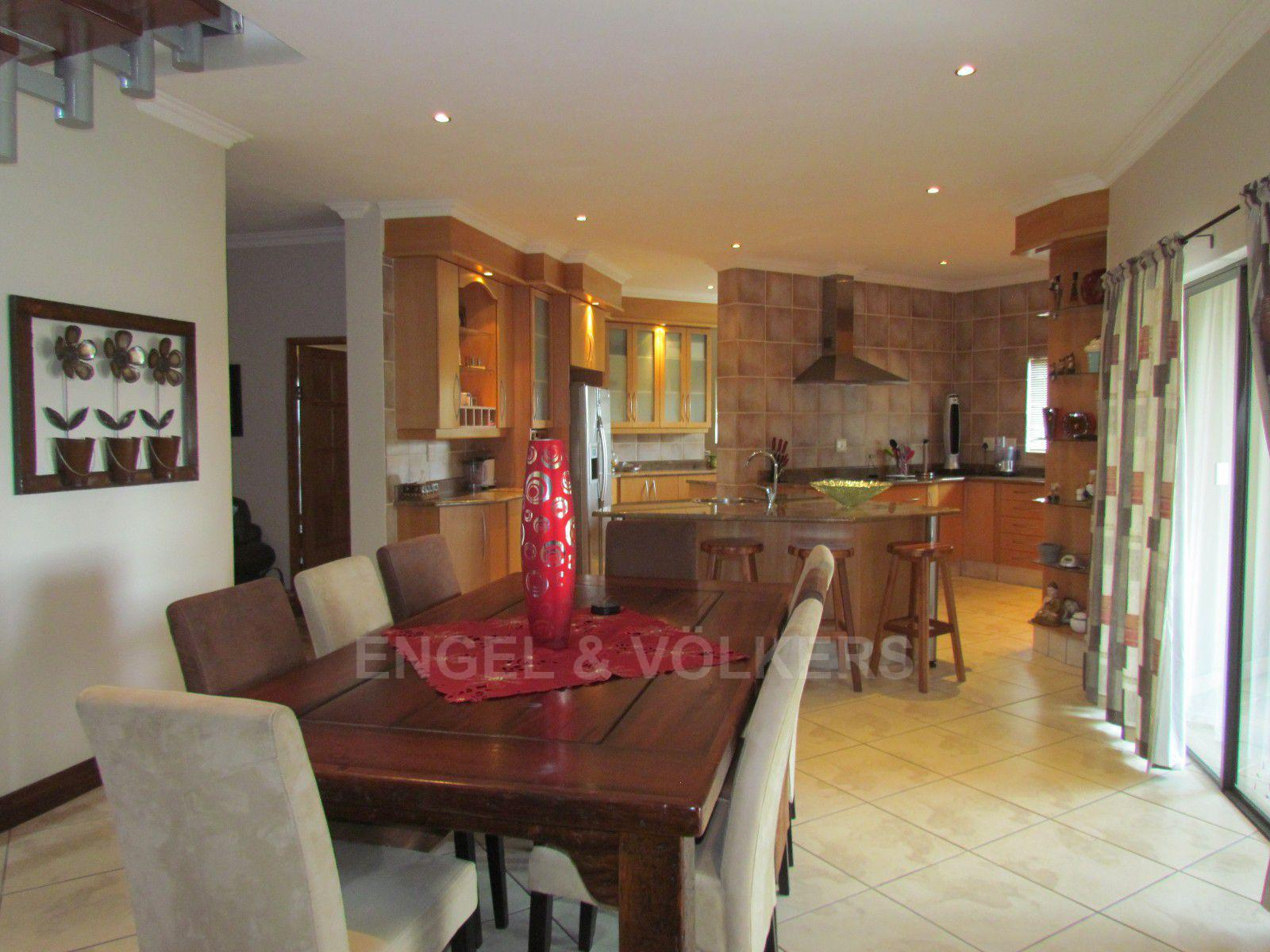 Blue Valley Golf Estate property for sale. Ref No: 13409006. Picture no 7