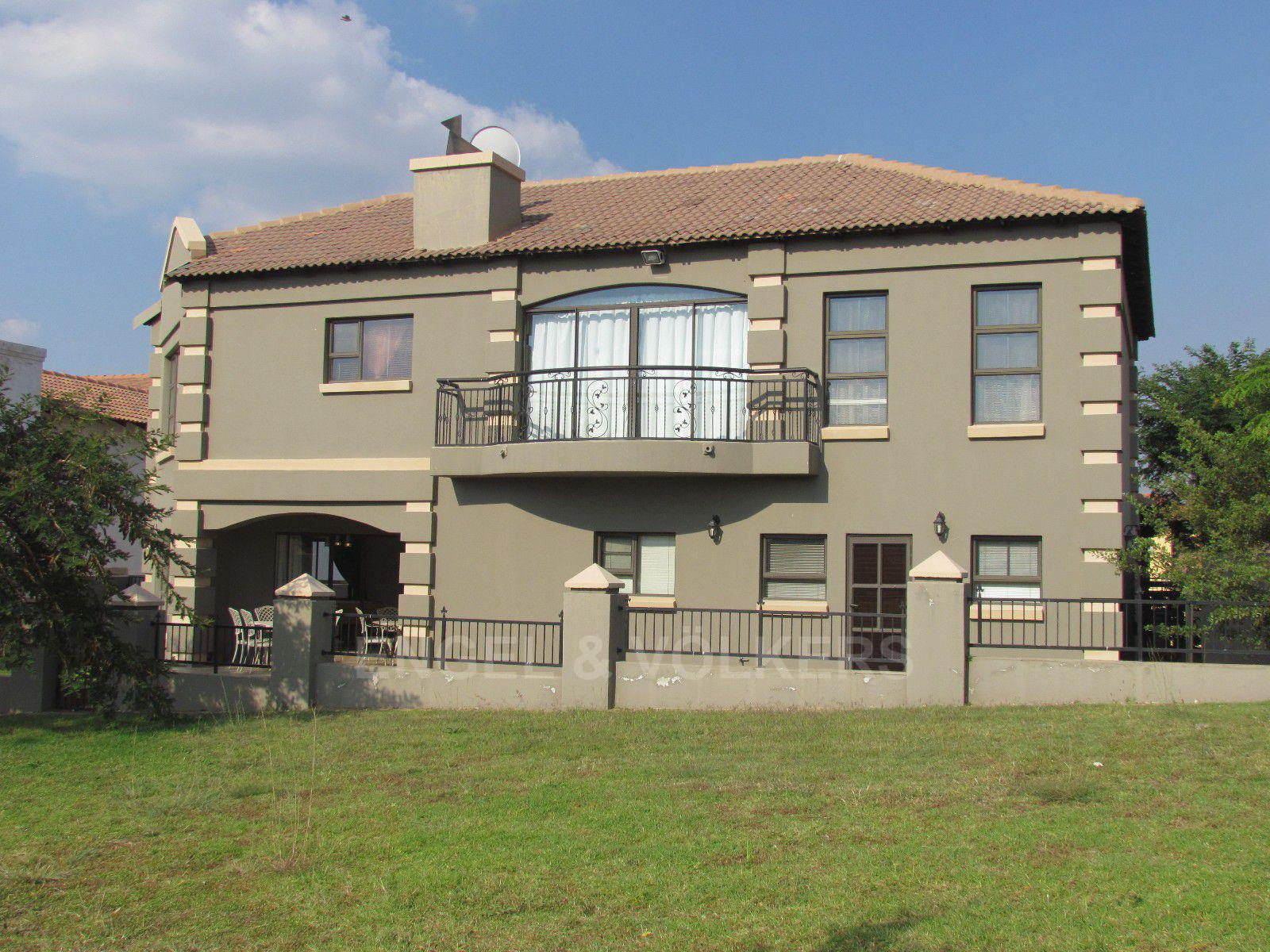 Blue Valley Golf Estate property for sale. Ref No: 13409006. Picture no 29