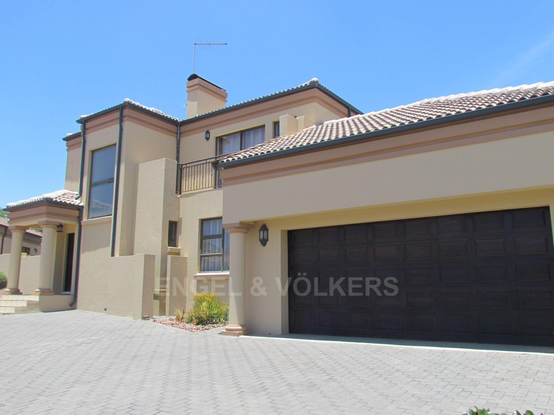 Blue Valley Golf Estate property for sale. Ref No: 13467099. Picture no 1