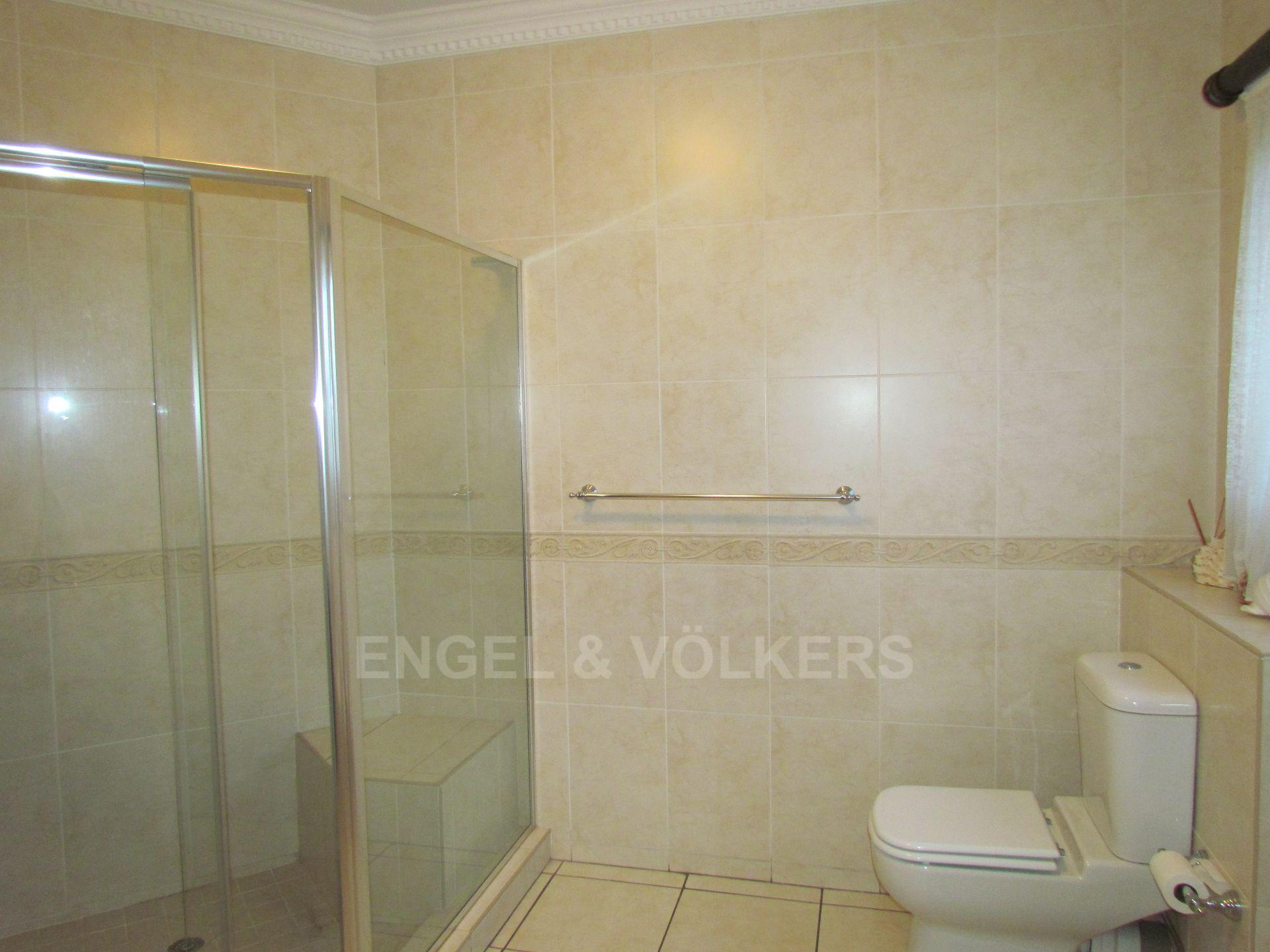 Blue Valley Golf Estate property for sale. Ref No: 13467099. Picture no 15