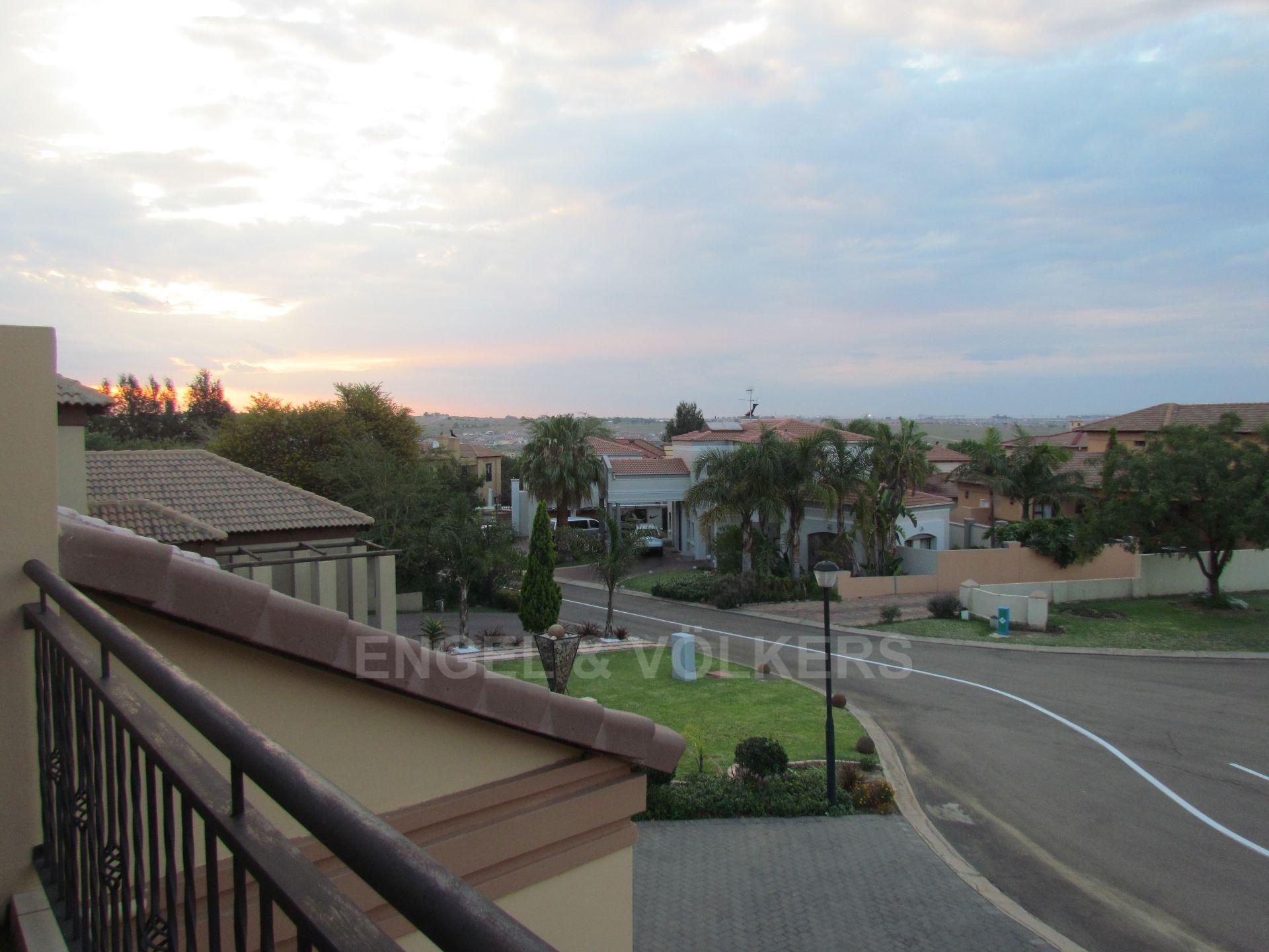 Blue Valley Golf Estate property for sale. Ref No: 13467099. Picture no 17