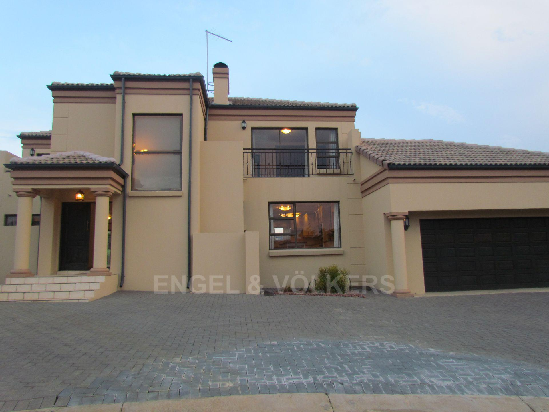Blue Valley Golf Estate property for sale. Ref No: 13467099. Picture no 20