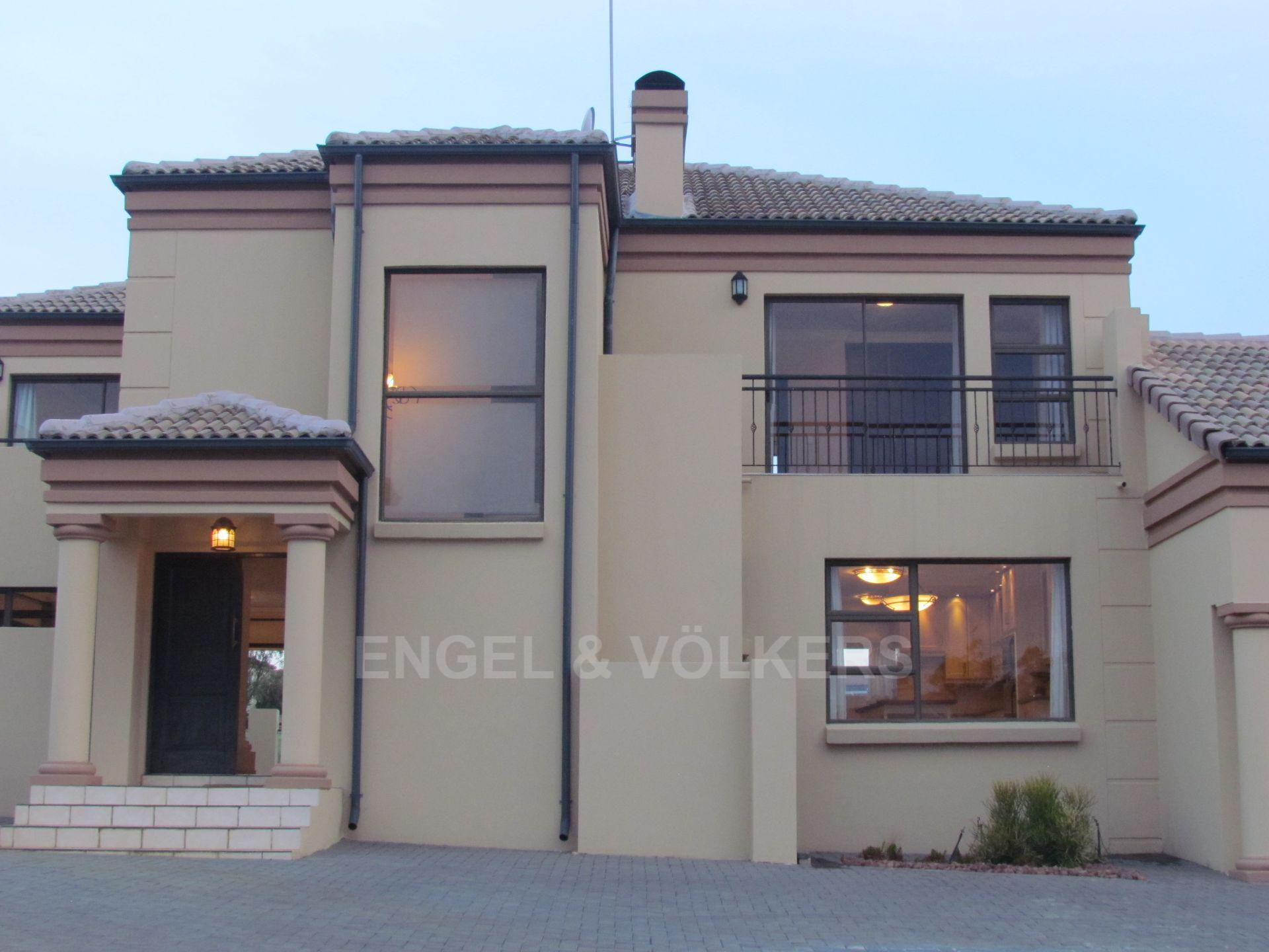 Blue Valley Golf Estate property for sale. Ref No: 13467099. Picture no 19