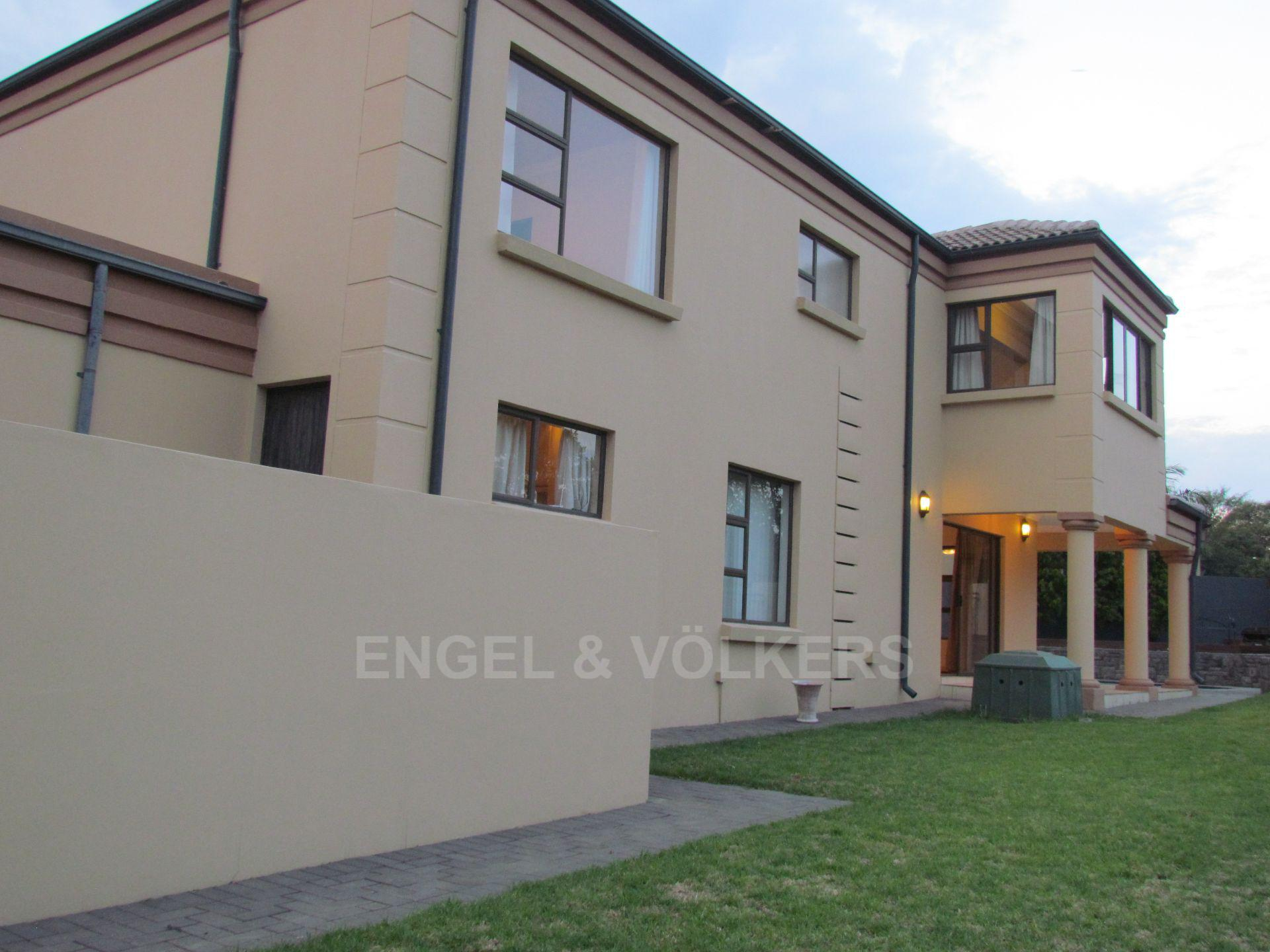 Blue Valley Golf Estate property for sale. Ref No: 13467099. Picture no 22
