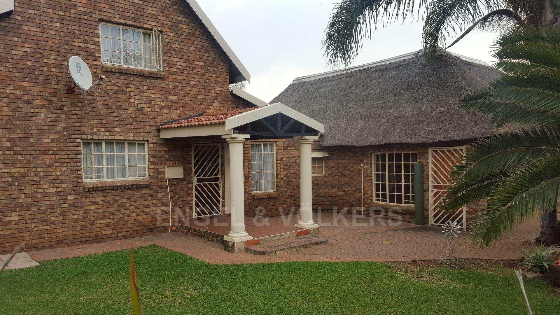 Centurion, Rooihuiskraal North Property  | Houses For Sale Rooihuiskraal North, ROOIHUISKRAAL NORTH, House 4 bedrooms property for sale Price:1,600,000