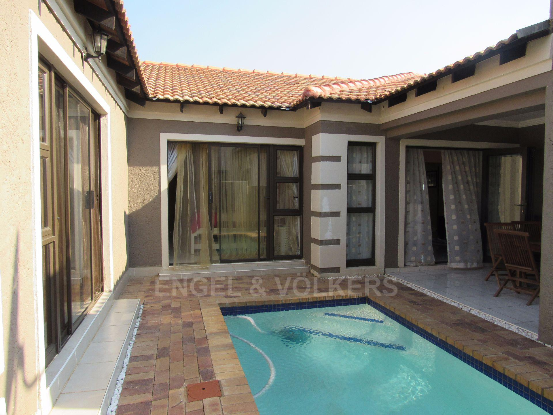Centurion, The Reeds Property  | Houses For Sale The Reeds, THE REEDS, House 5 bedrooms property for sale Price:1,900,000