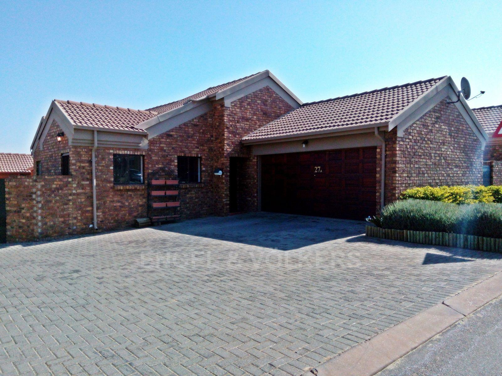 Centurion, Amberfield Glen Property  | Houses For Sale Amberfield Glen, AMBERFIELD GLEN, Duet 3 bedrooms property for sale Price:1,480,000