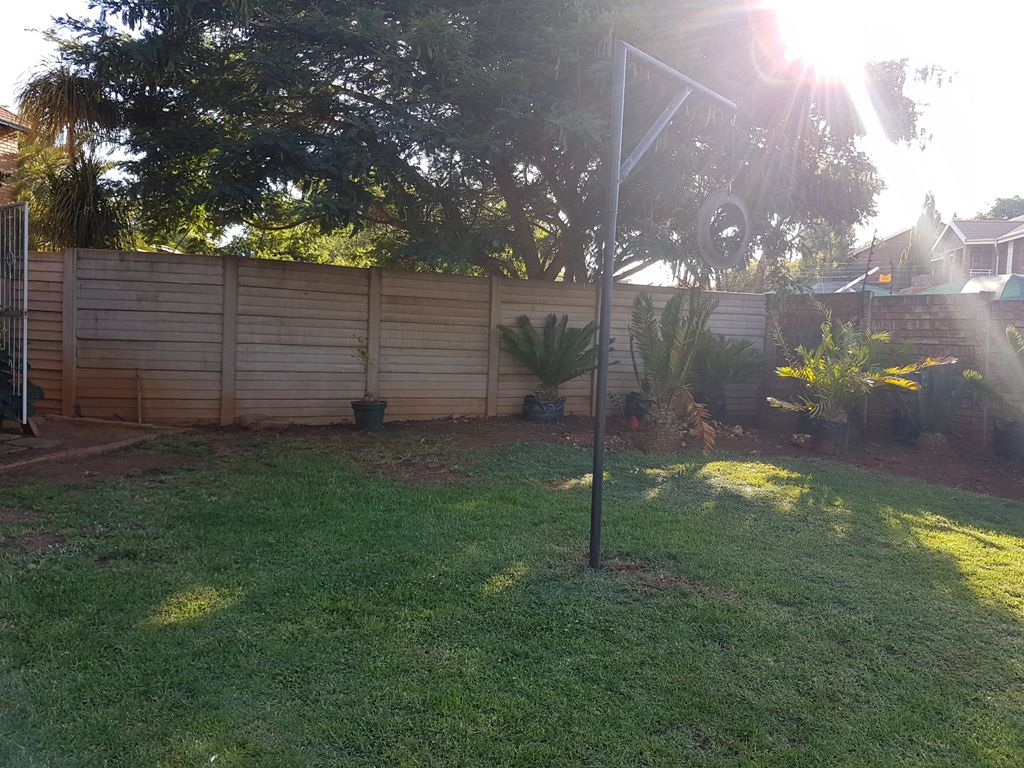 Highveld property for sale. Ref No: 13543484. Picture no 14