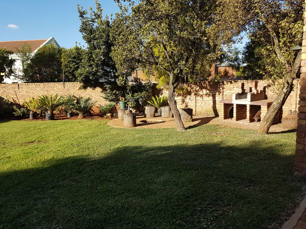 Highveld property for sale. Ref No: 13543484. Picture no 7