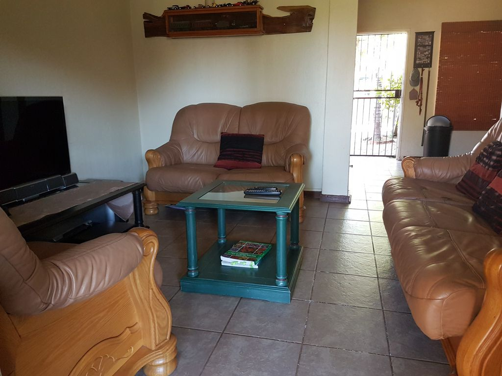 Highveld property for sale. Ref No: 13543484. Picture no 11