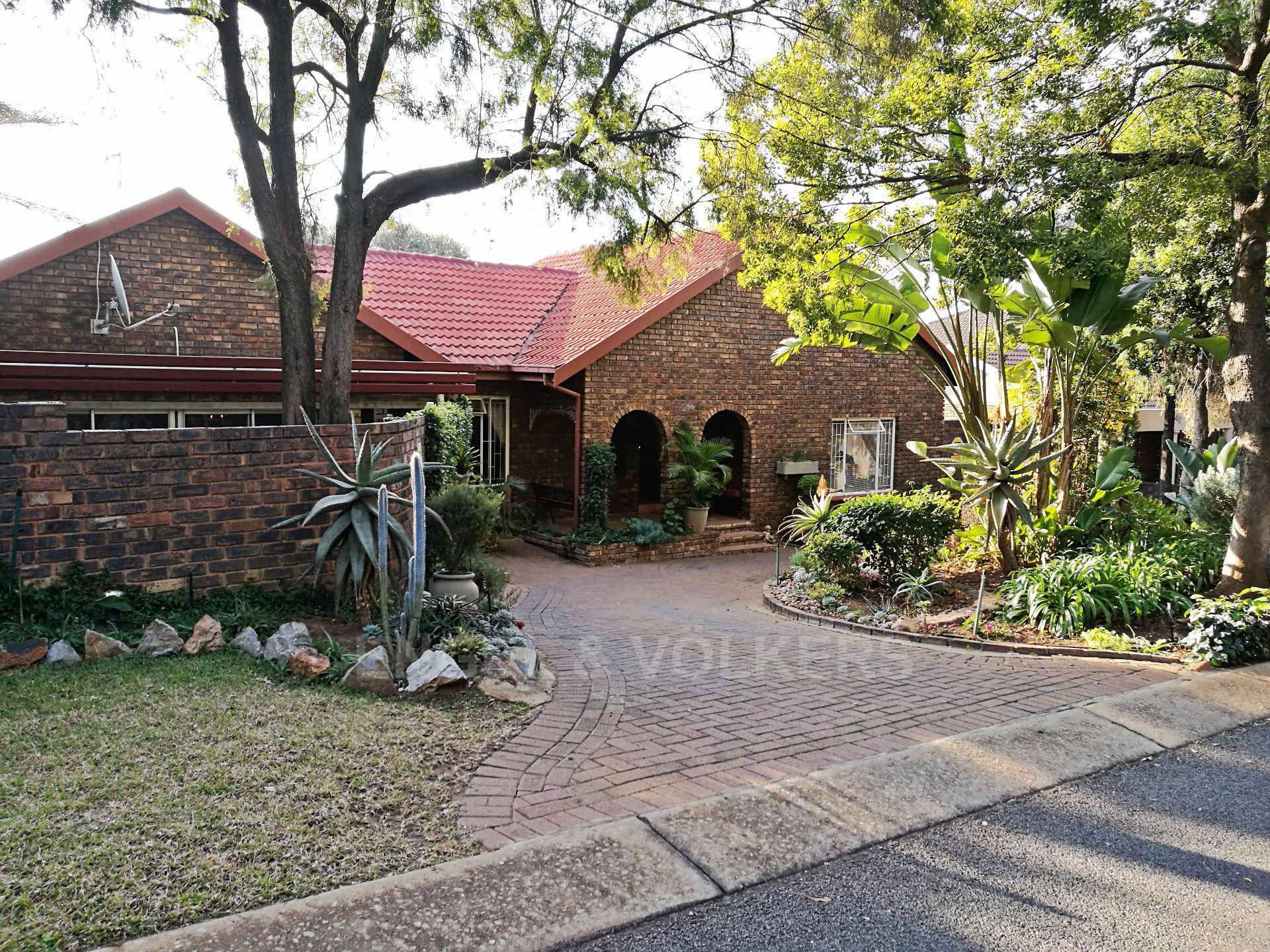Centurion, Zwartkop Property  | Houses For Sale Zwartkop, ZWARTKOP, House 3 bedrooms property for sale Price:2,495,000