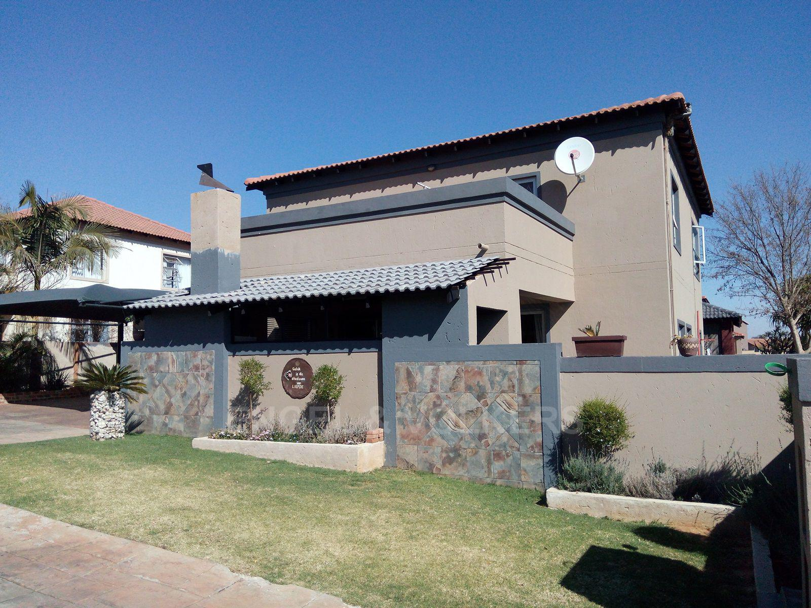 Centurion, Amberfield Glen Property  | Houses For Sale Amberfield Glen, AMBERFIELD GLEN, Cluster 4 bedrooms property for sale Price:2,295,000
