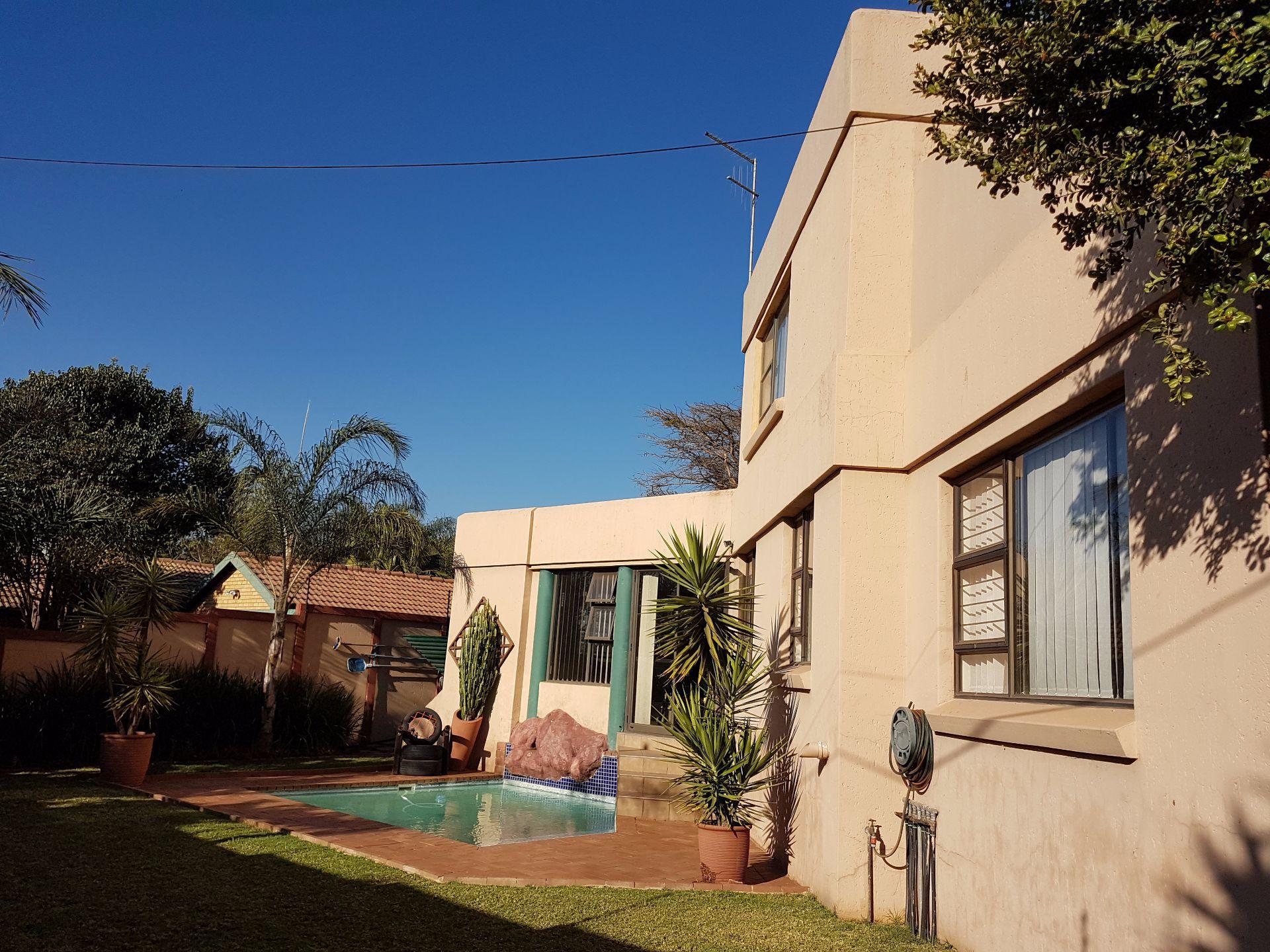 Centurion, Highveld Property    Houses For Sale Highveld, HIGHVELD, House 4 bedrooms property for sale Price:2,500,000