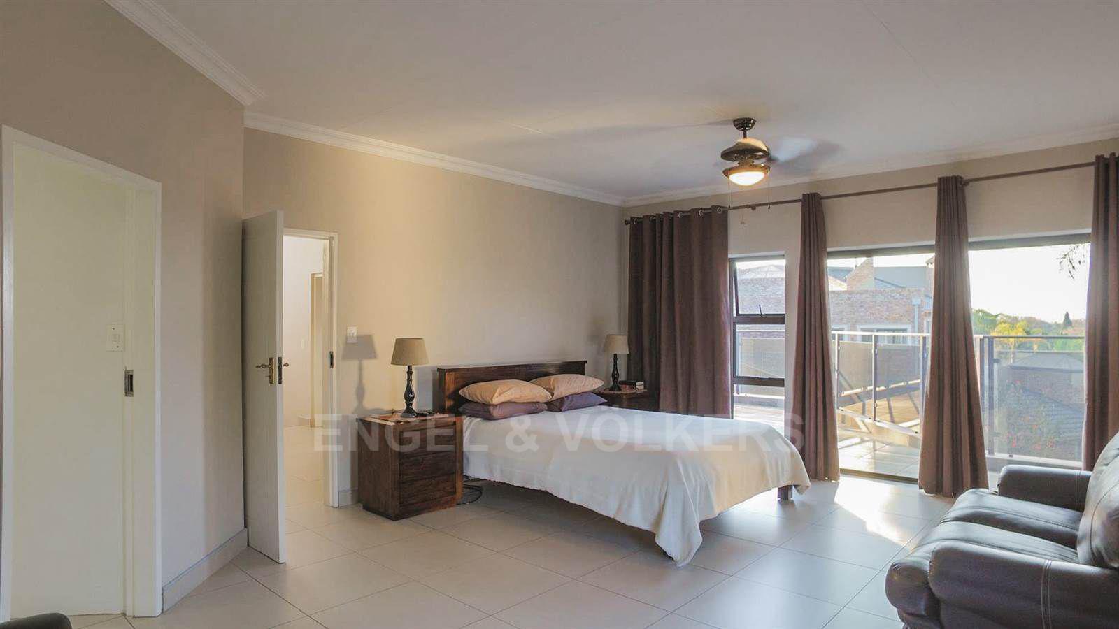Eldoraigne property for sale. Ref No: 13520407. Picture no 14