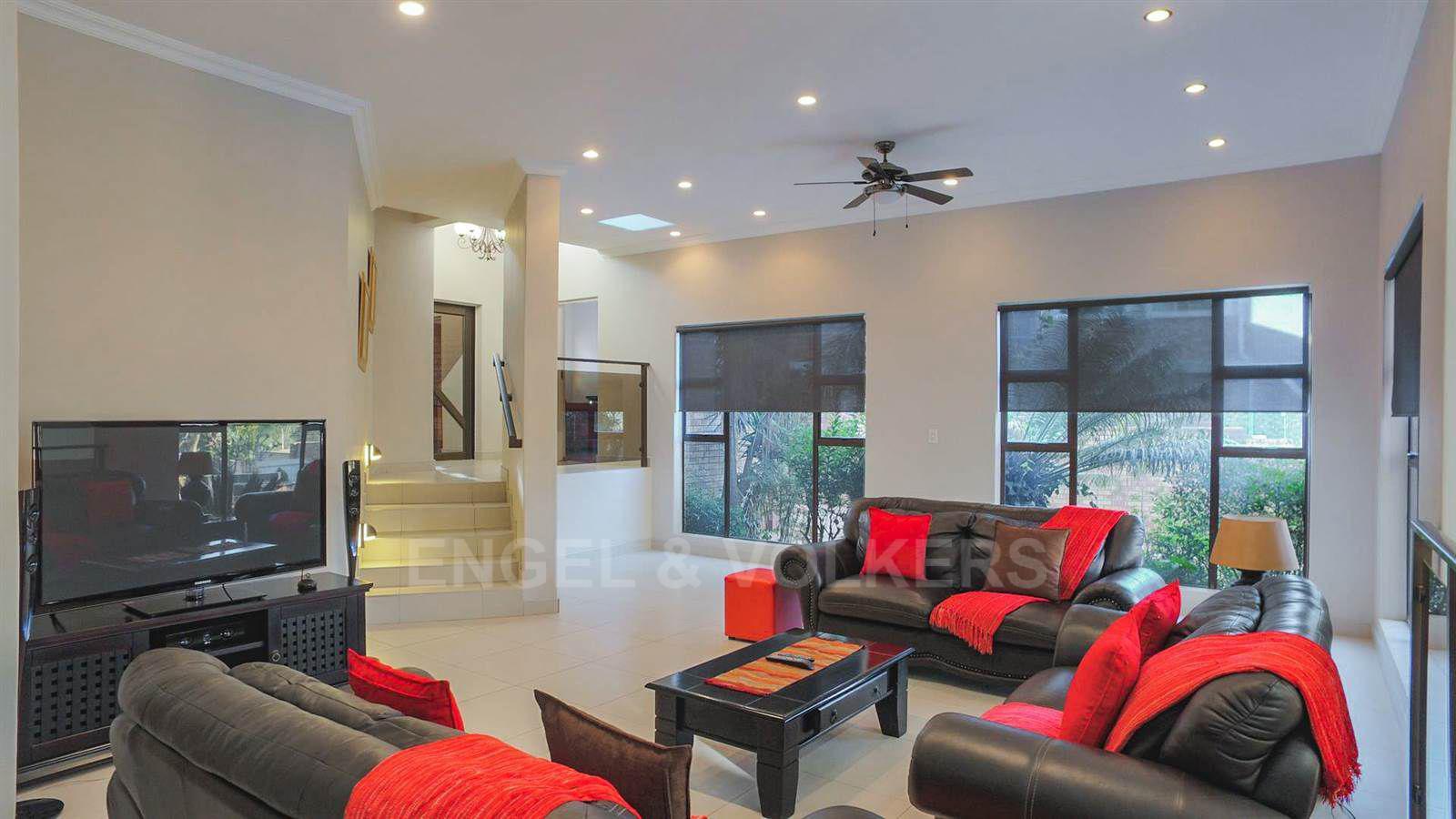 Eldoraigne property for sale. Ref No: 13520407. Picture no 9
