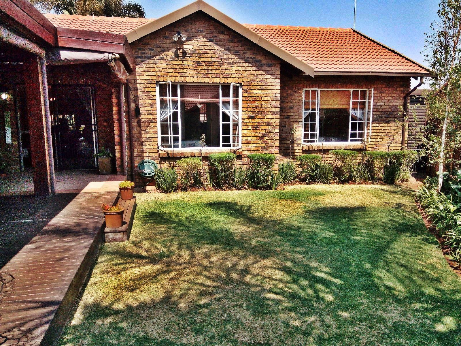 Centurion, Amberfield Glen Property  | Houses For Sale Amberfield Glen, AMBERFIELD GLEN, Cluster 3 bedrooms property for sale Price:1,795,000