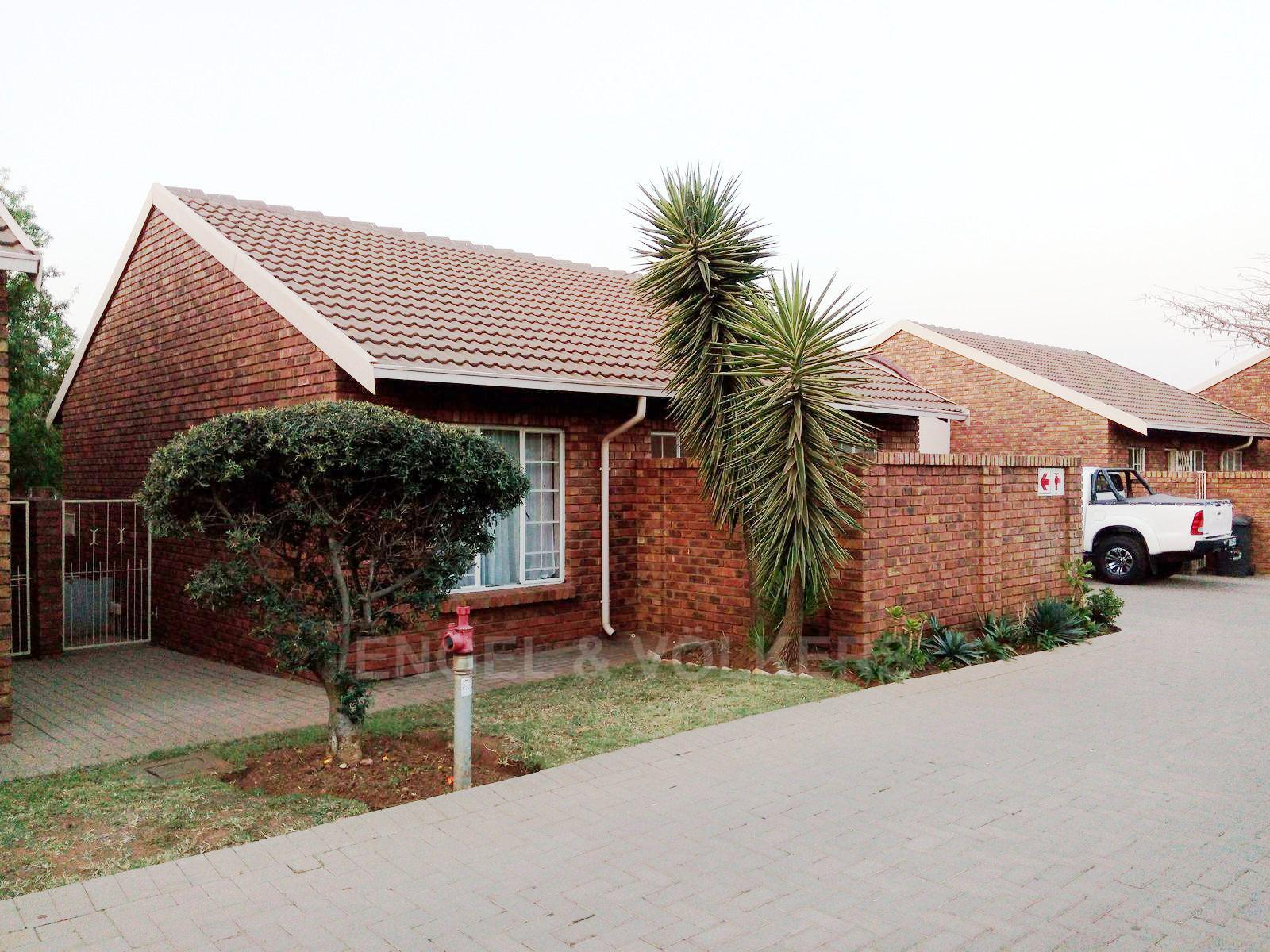 Centurion, Amberfield Heights Property  | Houses For Sale Amberfield Heights, AMBERFIELD HEIGHTS, Simplex 2 bedrooms property for sale Price:880,000
