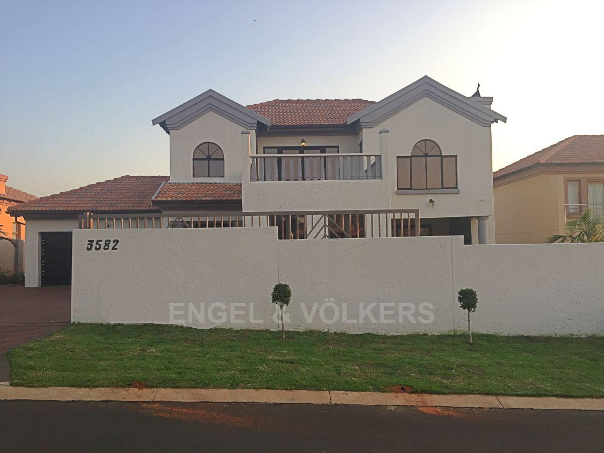 Centurion Amberfield Manor Property Houses For Sale