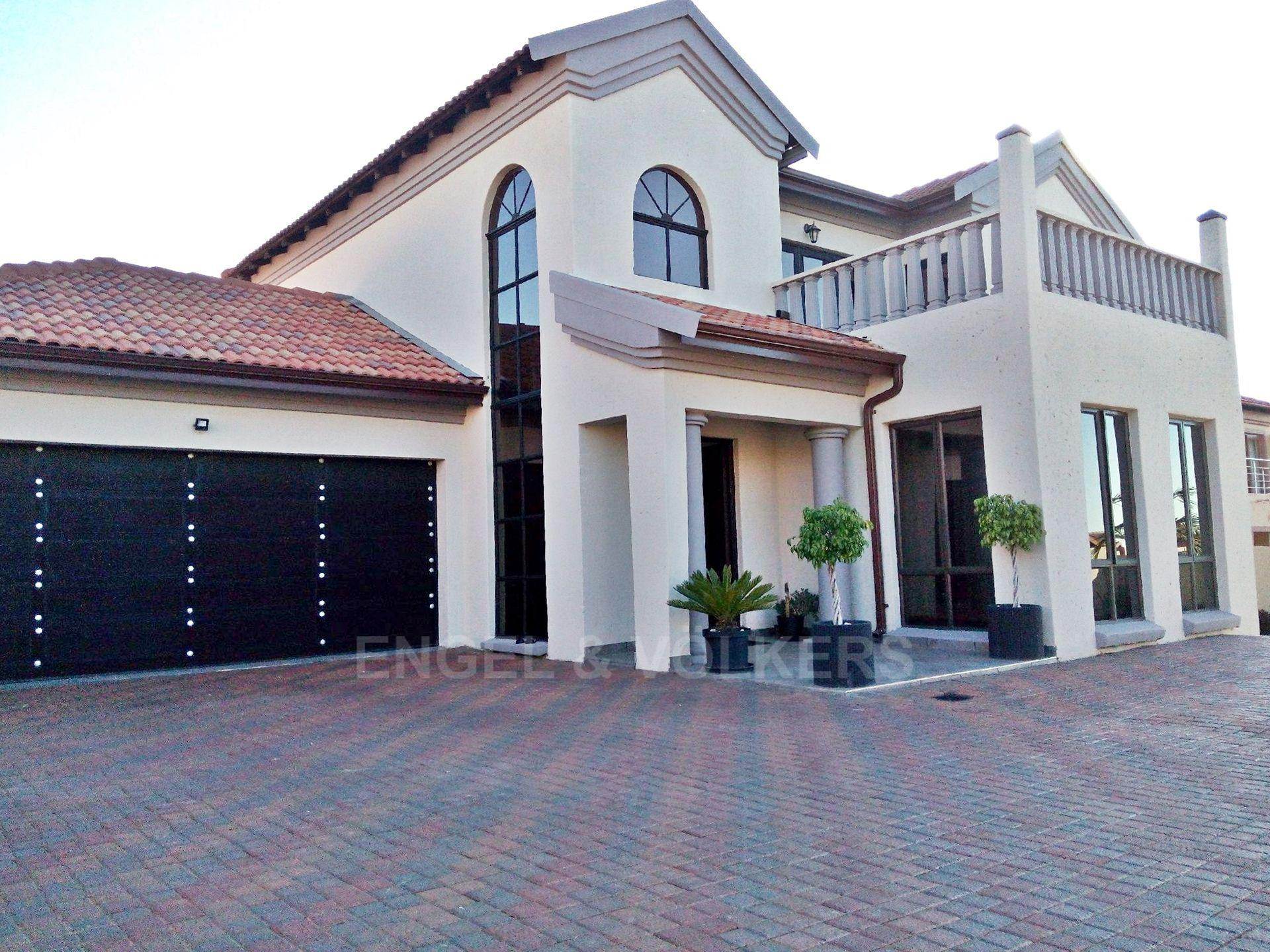 Centurion, Amberfield Manor Property  | Houses For Sale Amberfield Manor, AMBERFIELD MANOR, House 4 bedrooms property for sale Price:2,900,000