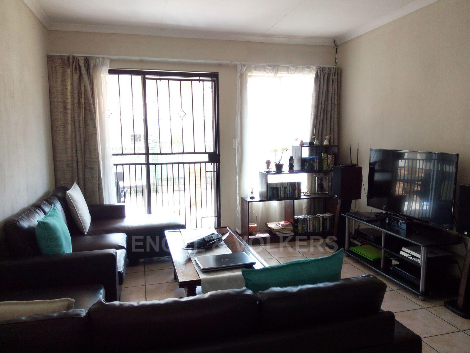 Amberfield property for sale. Ref No: 13537795. Picture no 4