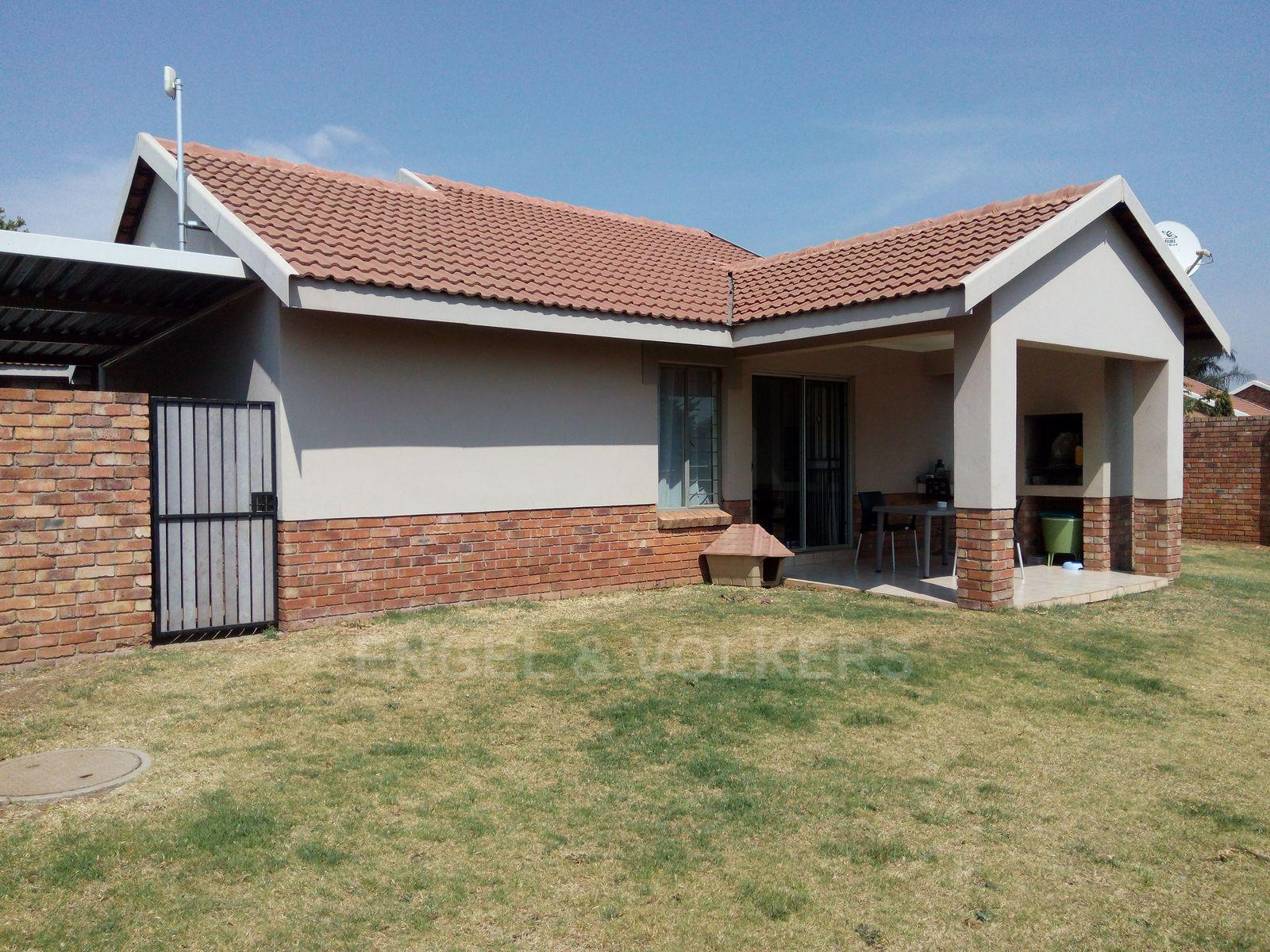Amberfield property for sale. Ref No: 13537795. Picture no 18