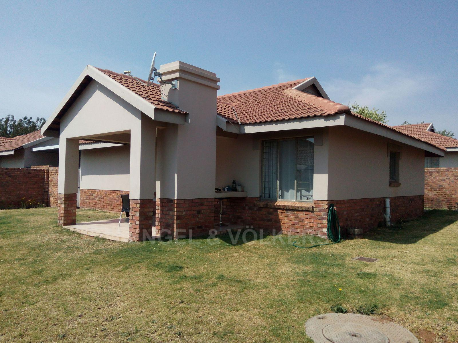 Amberfield property for sale. Ref No: 13537795. Picture no 19