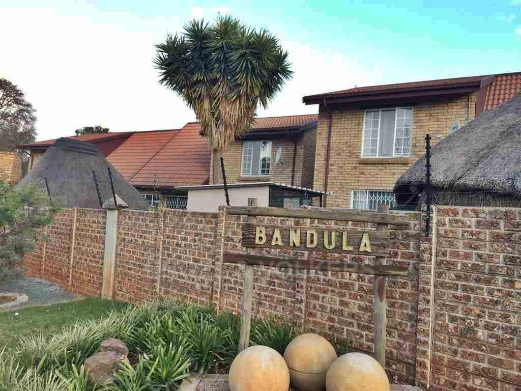 Centurion, Hennopspark Property  | Houses For Sale Hennopspark, HENNOPSPARK, Duplex 2 bedrooms property for sale Price:950,000